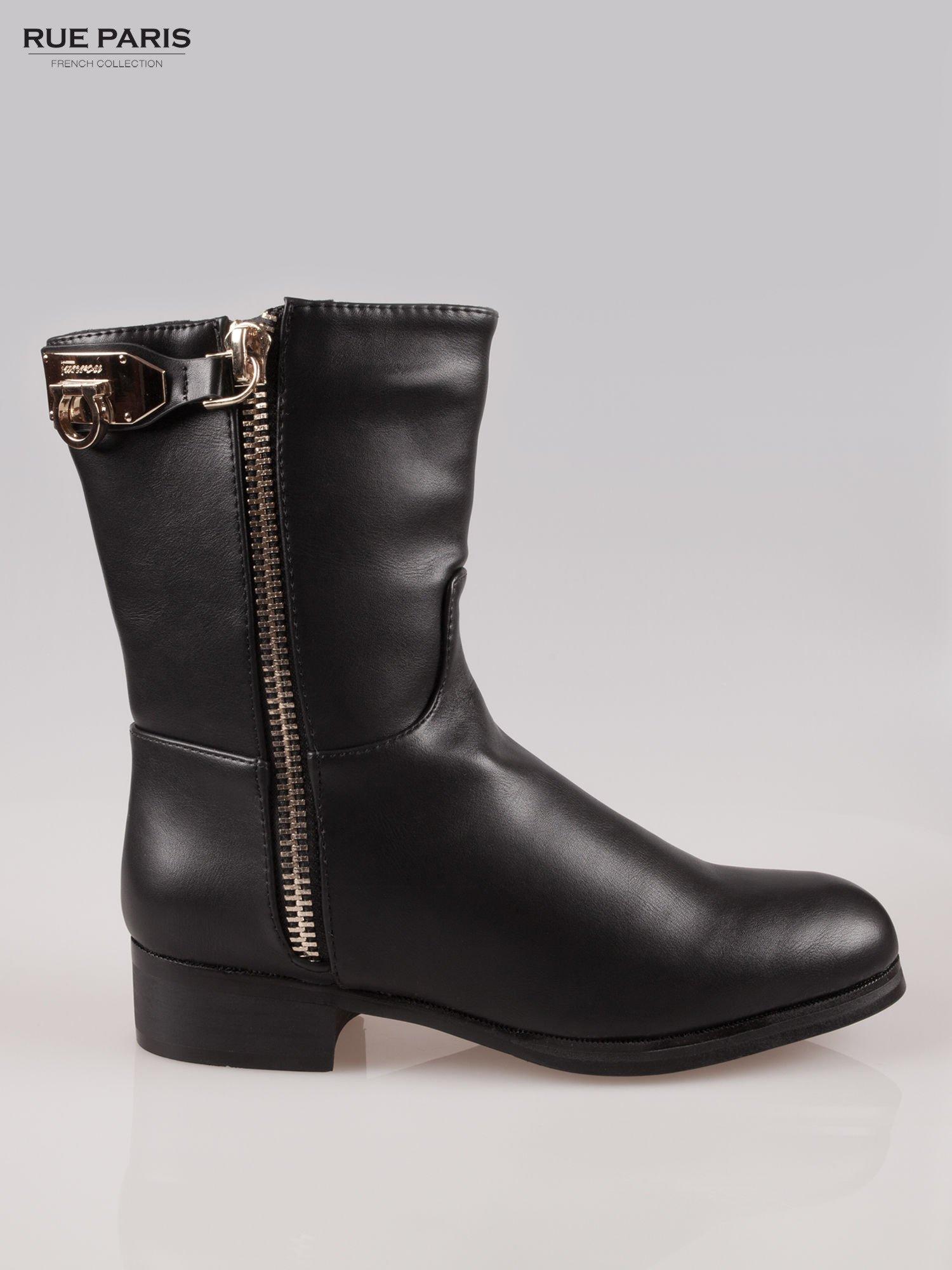 Czarne botki biker boots ze złotą sprzączką i zamkiem                                  zdj.                                  1