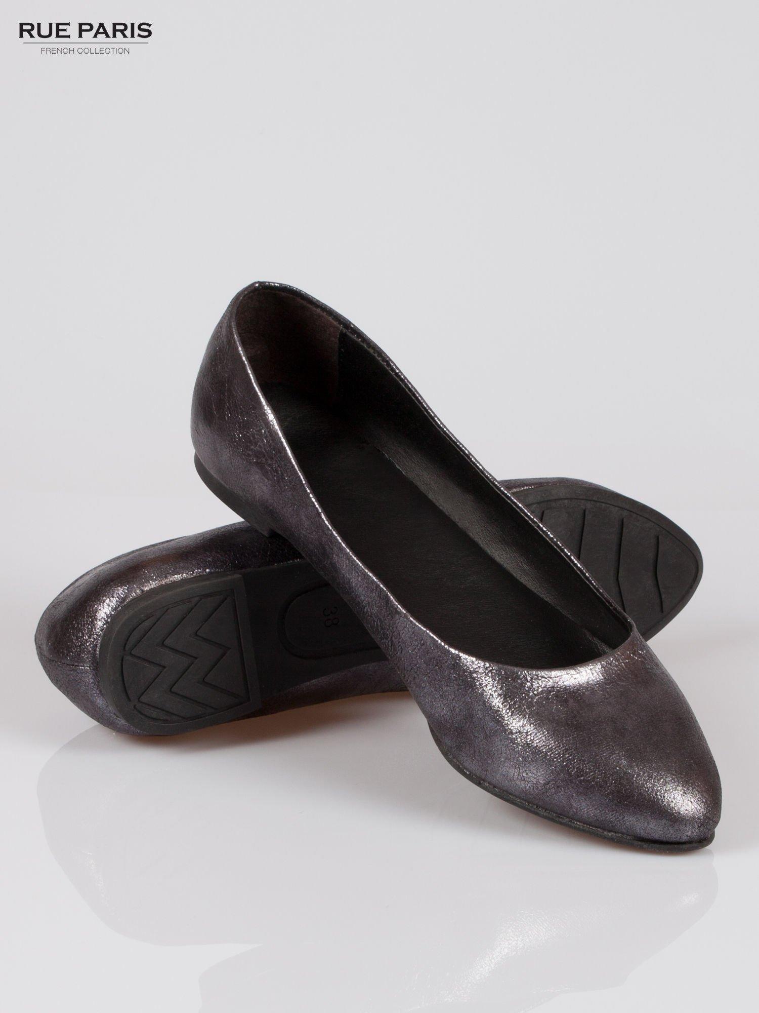 Czarne cieniowane baleriny faux leather ze smukłym noskiem                                  zdj.                                  4