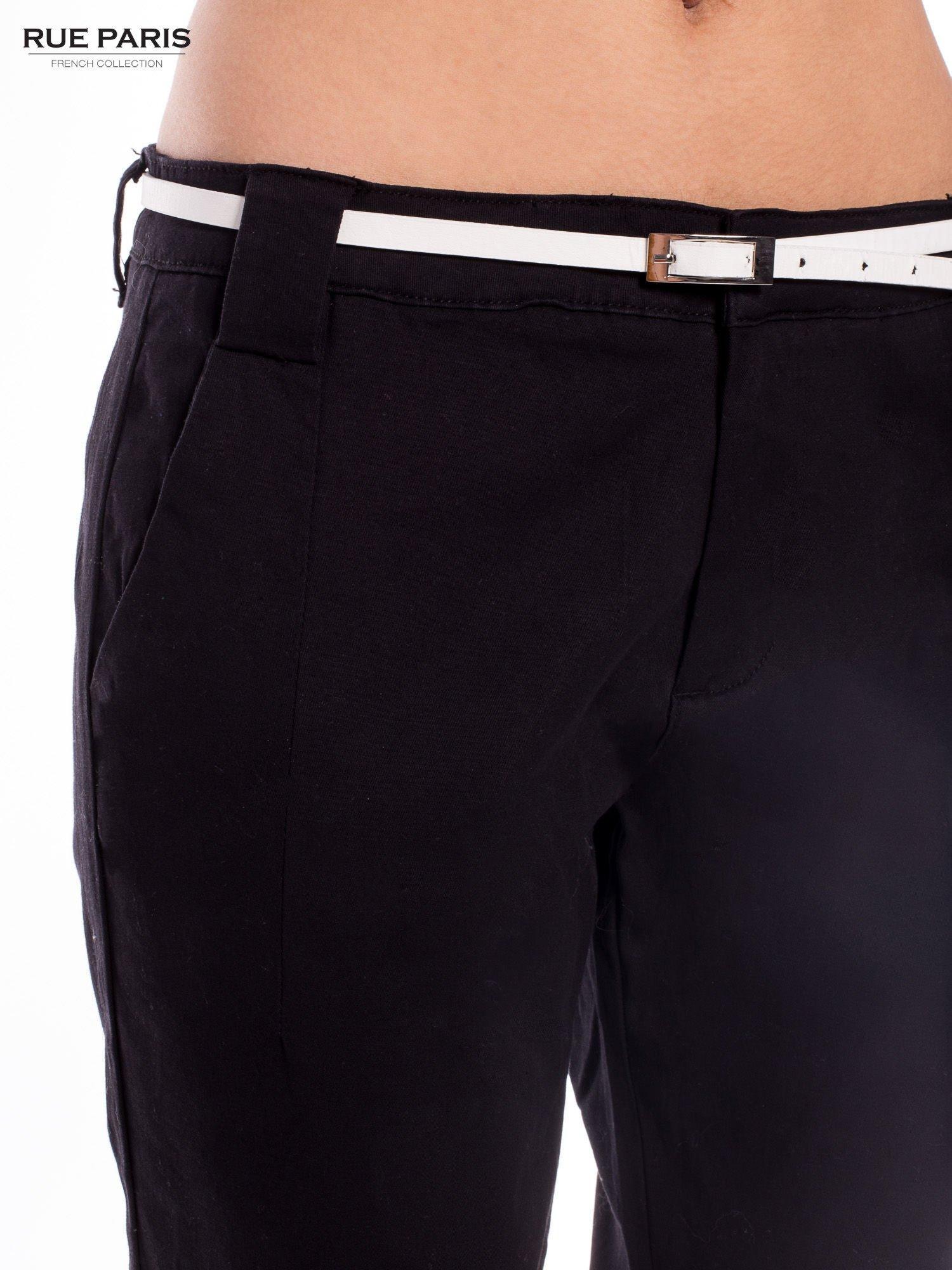 Czarne eleganckie spodnie damskie z paskiem                                  zdj.                                  4