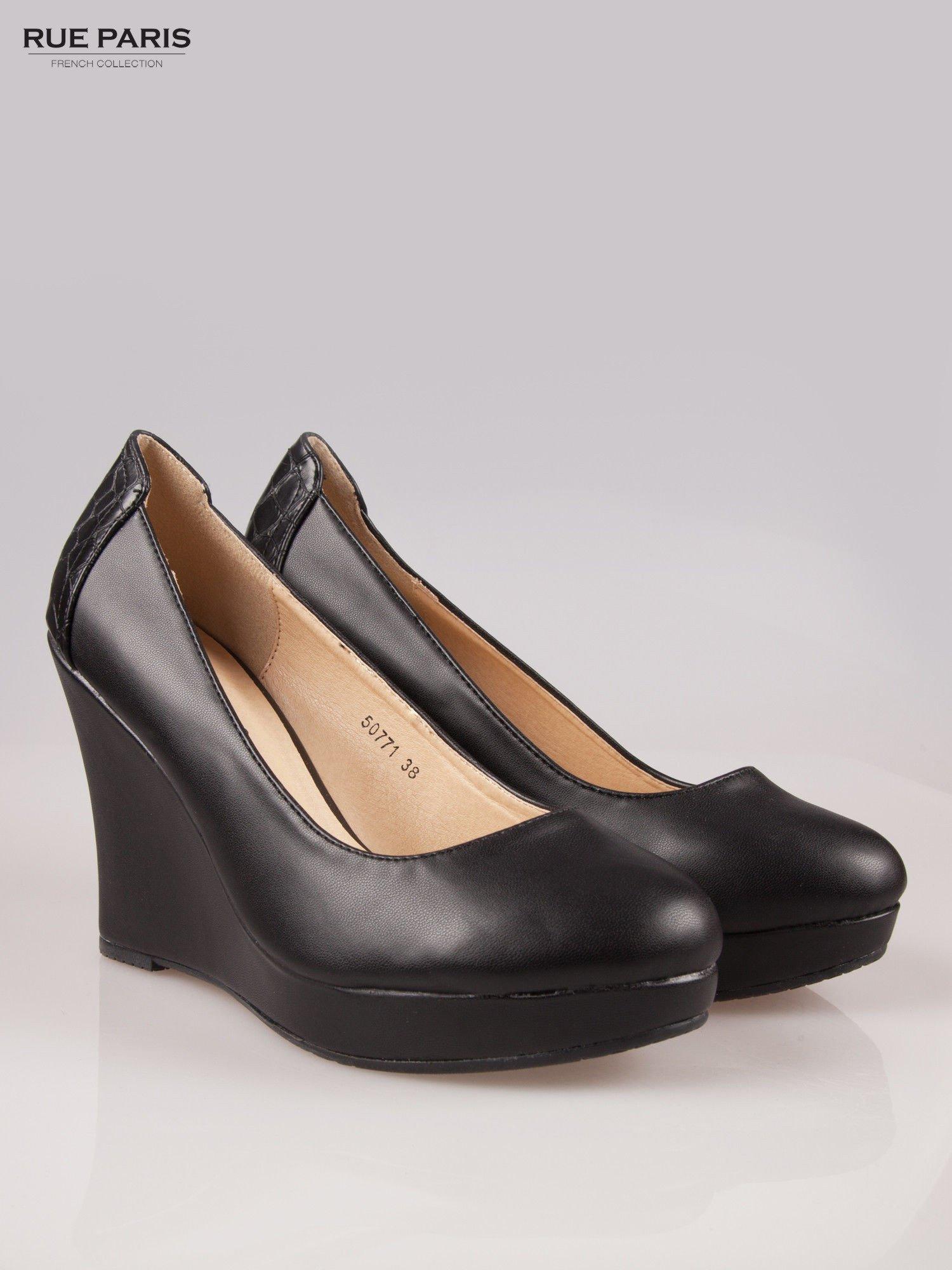 Czarne koturny faux leather Good Luck z ozdobnym tyłem ze skóry krokodyla                                  zdj.                                  2