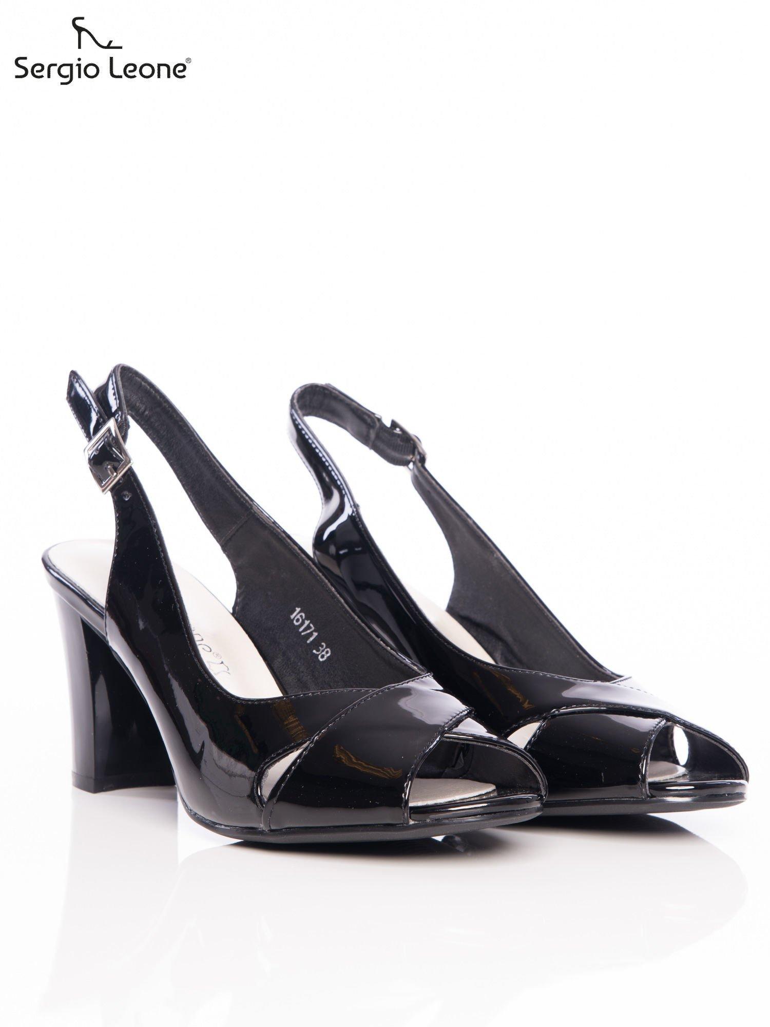 96a3e873c0e7 1  Czarne lakierowane sandały Sergio Leone z ozdobnymi paskami na przodzie  na wyższym słupku ...