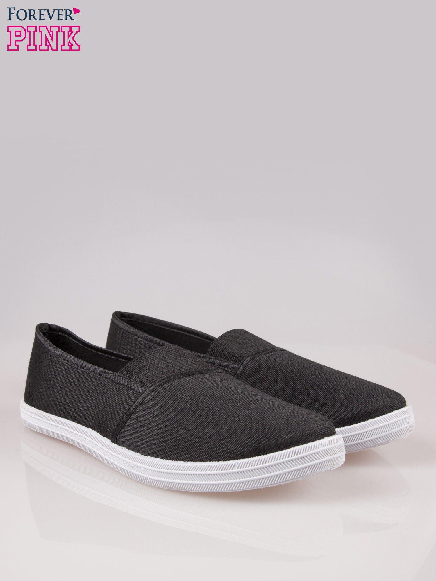 Czarne miękkie buty slip on                                  zdj.                                  2