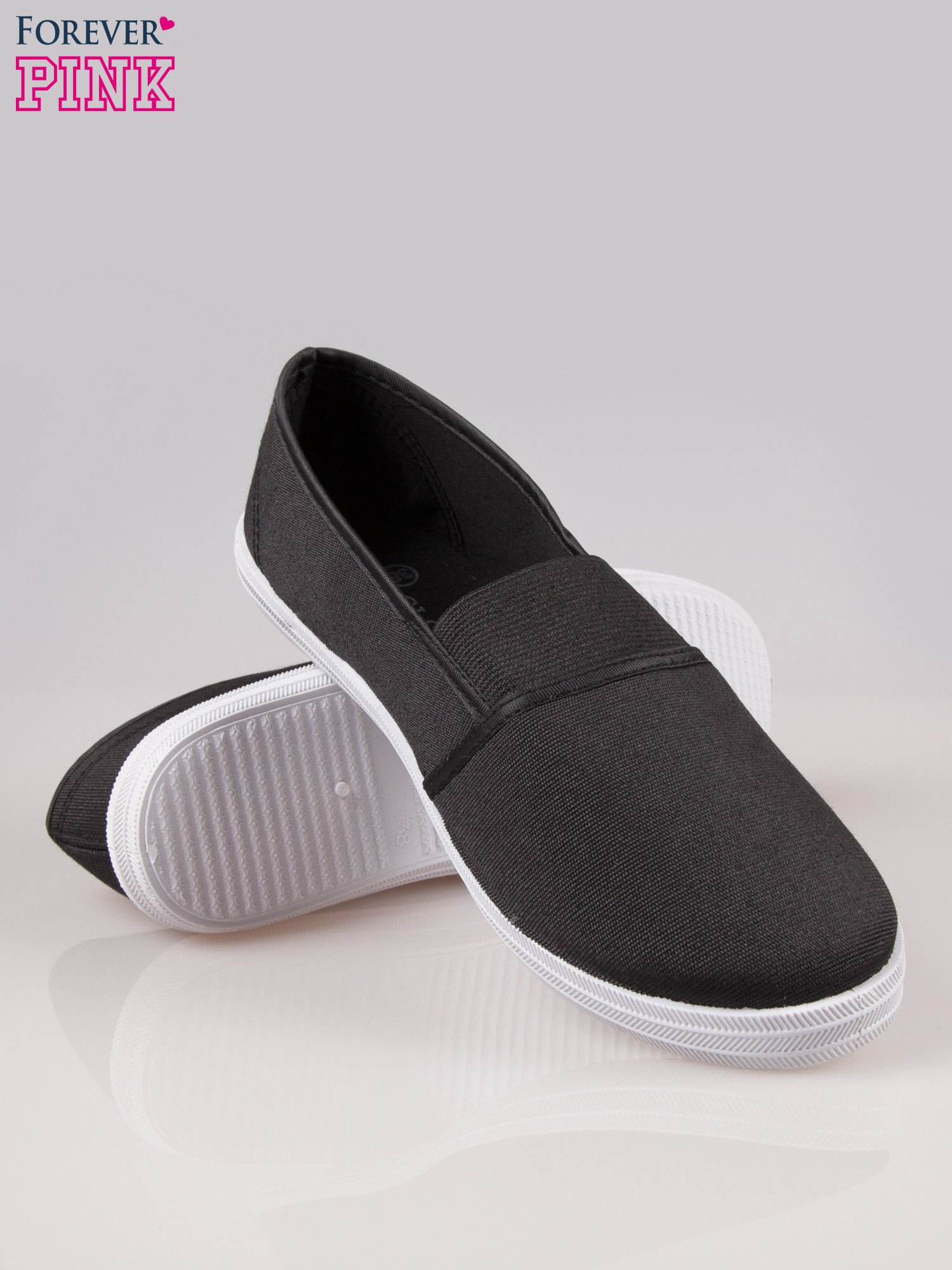 Czarne miękkie buty slip on                                  zdj.                                  4