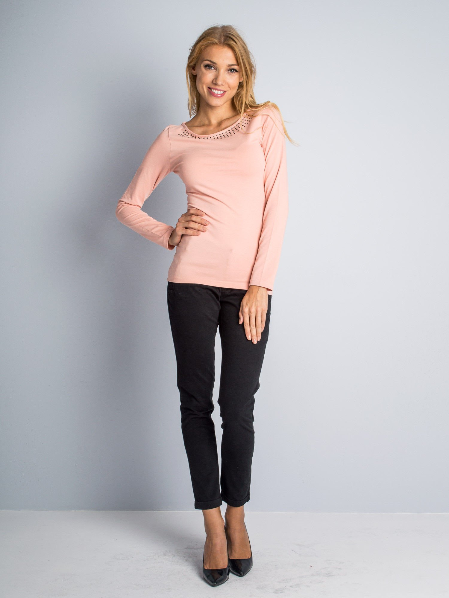 Czarne proste spodnie typu cygaretki 7/8                                  zdj.                                  2