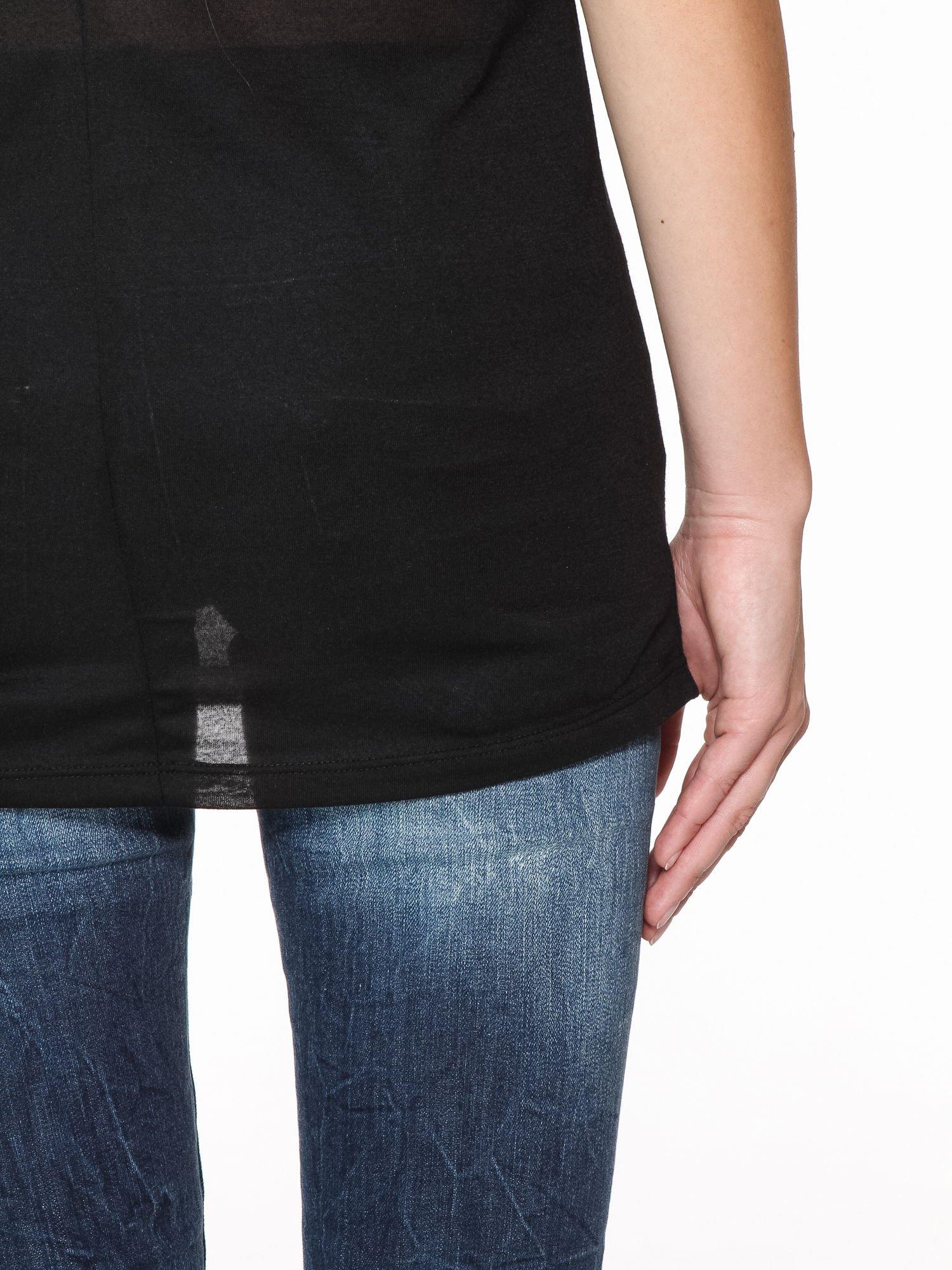 Czarny basicowy top na cienkich ramiączkach                                  zdj.                                  8