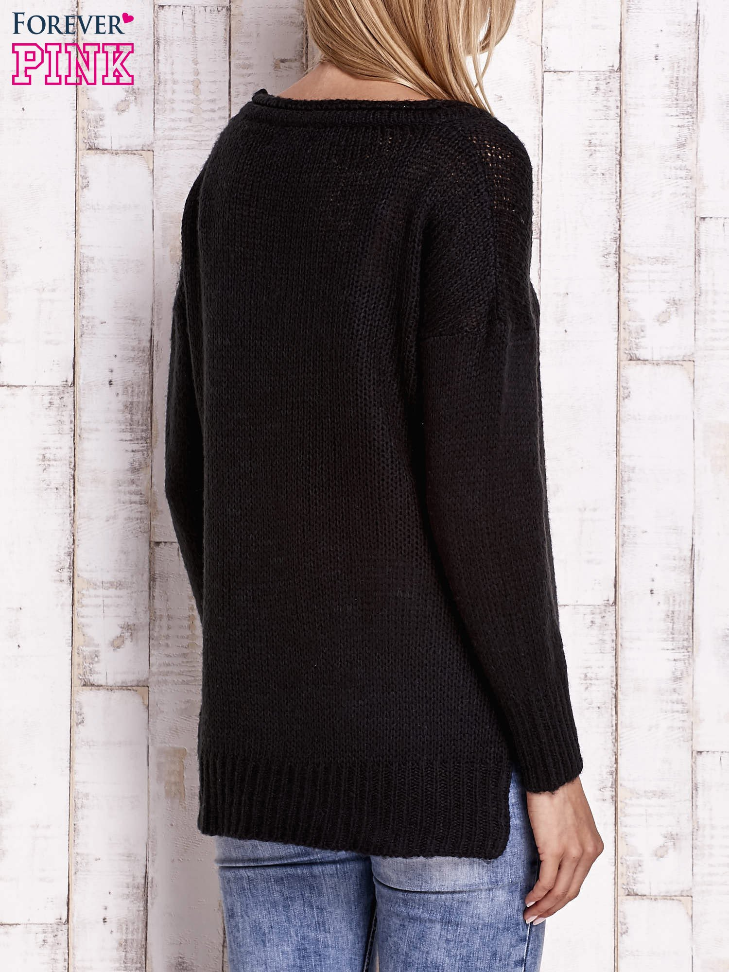 Czarny dzianinowy sweter z dłuższym tyłem                                  zdj.                                  2