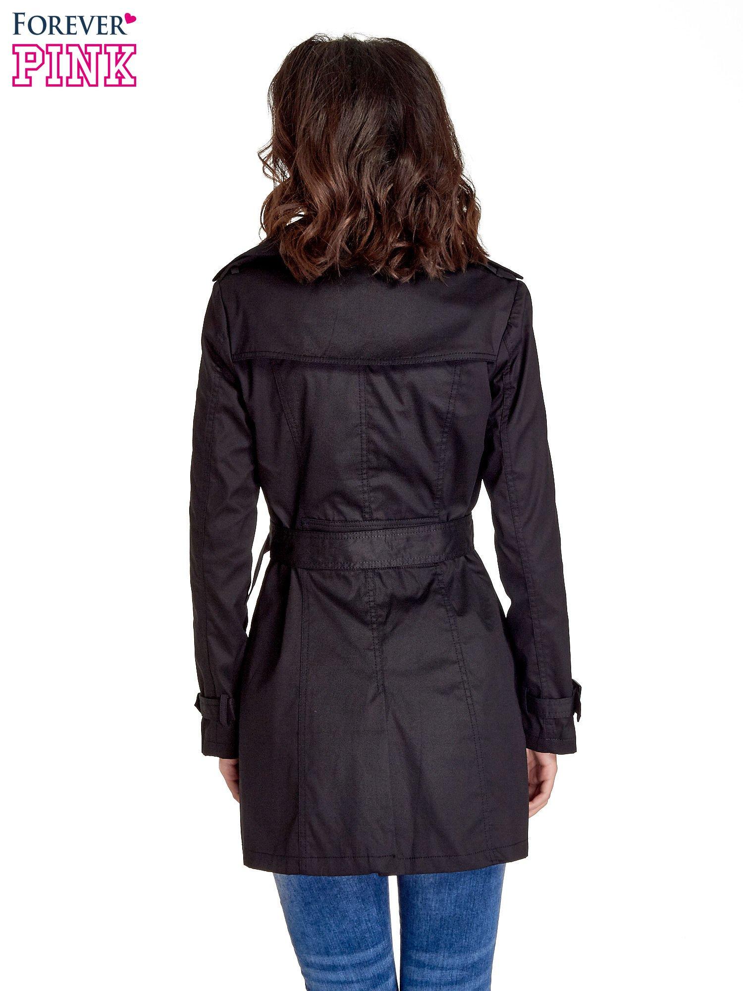 Czarny klasyczny płaszcz typu trencz                                  zdj.                                  6