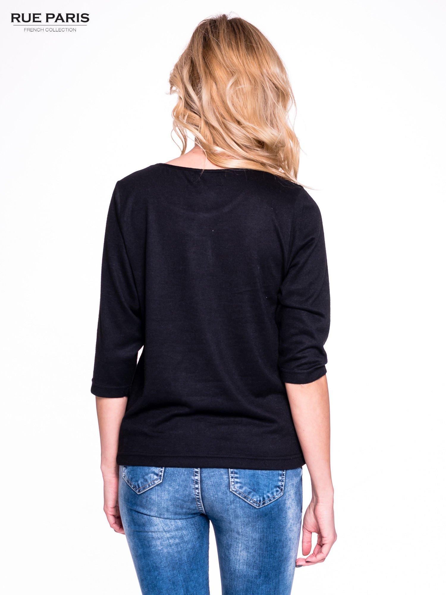 Czarny klasyczny sweterek z luźnym rękawkiem 3/4                                  zdj.                                  2