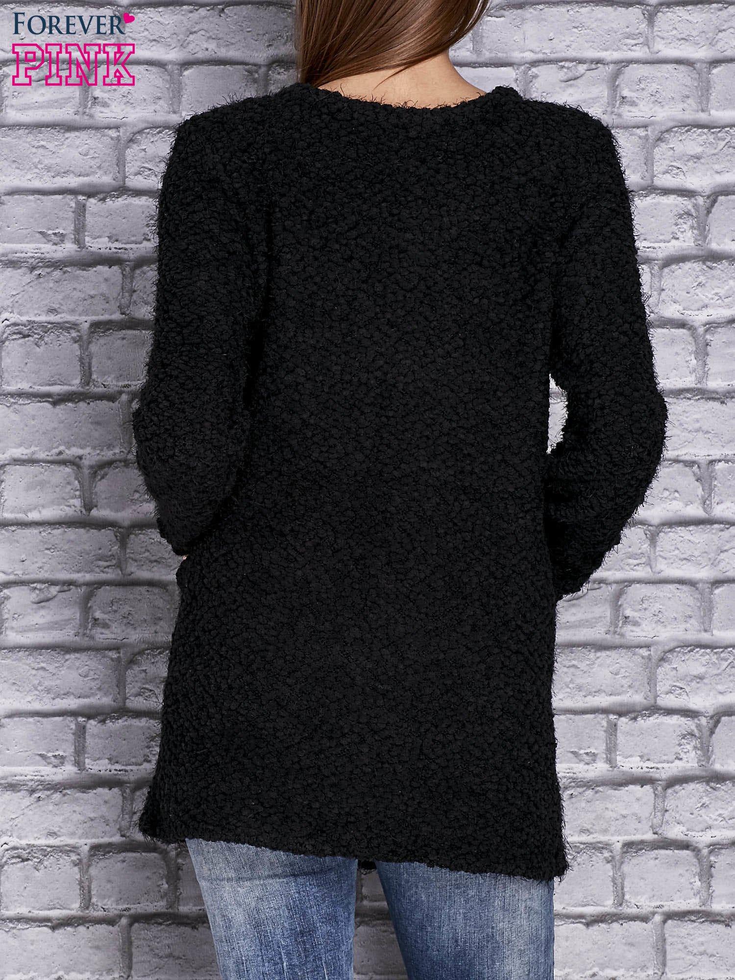 3fdd8716a0d2 Czarny sweter long hair zapinany na suwak - Sweter długi - sklep ...