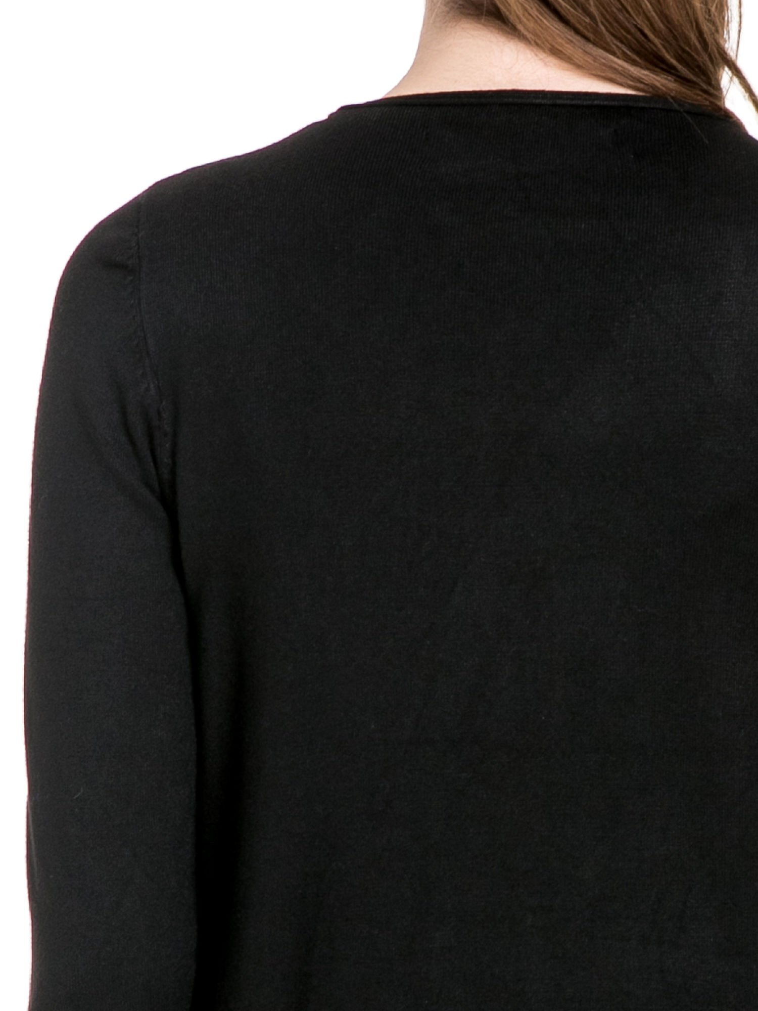 Czarny sweter narzutka o kroju waterfall                                  zdj.                                  7