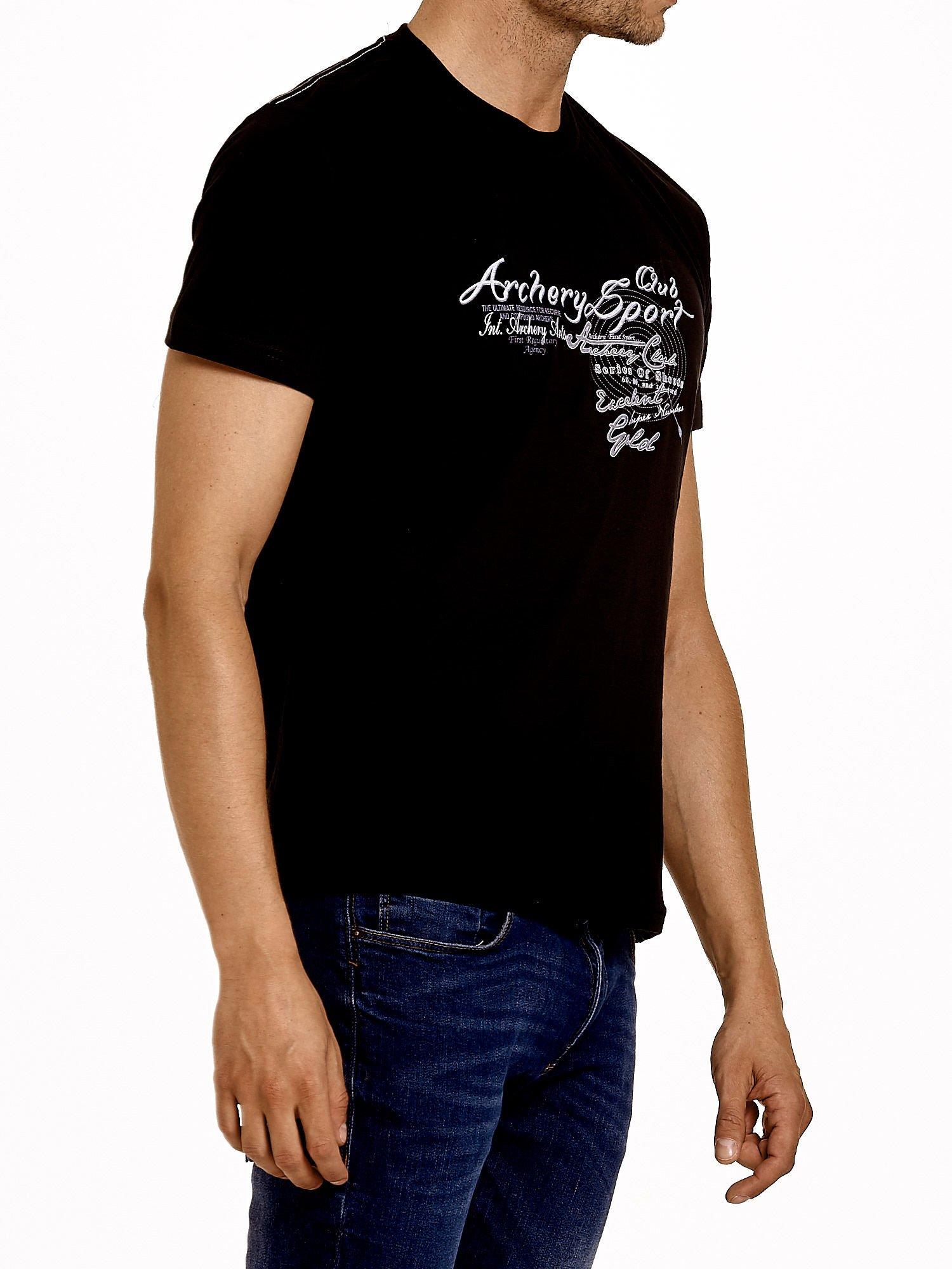Czarny t-shirt męski ze sportowym nadrukiem i napisami                                  zdj.                                  3