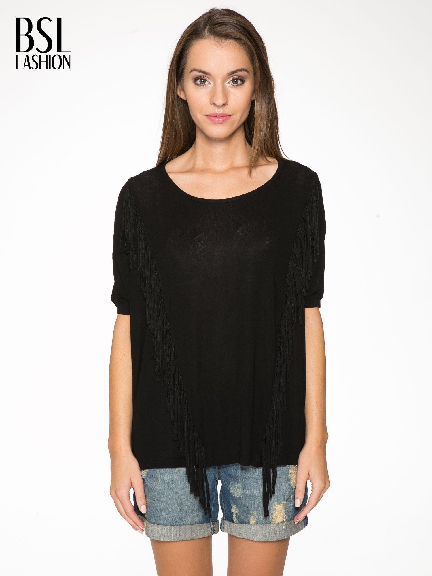Czarny t-shirt z frędzlami i siateczkowym tyłem                                  zdj.                                  1