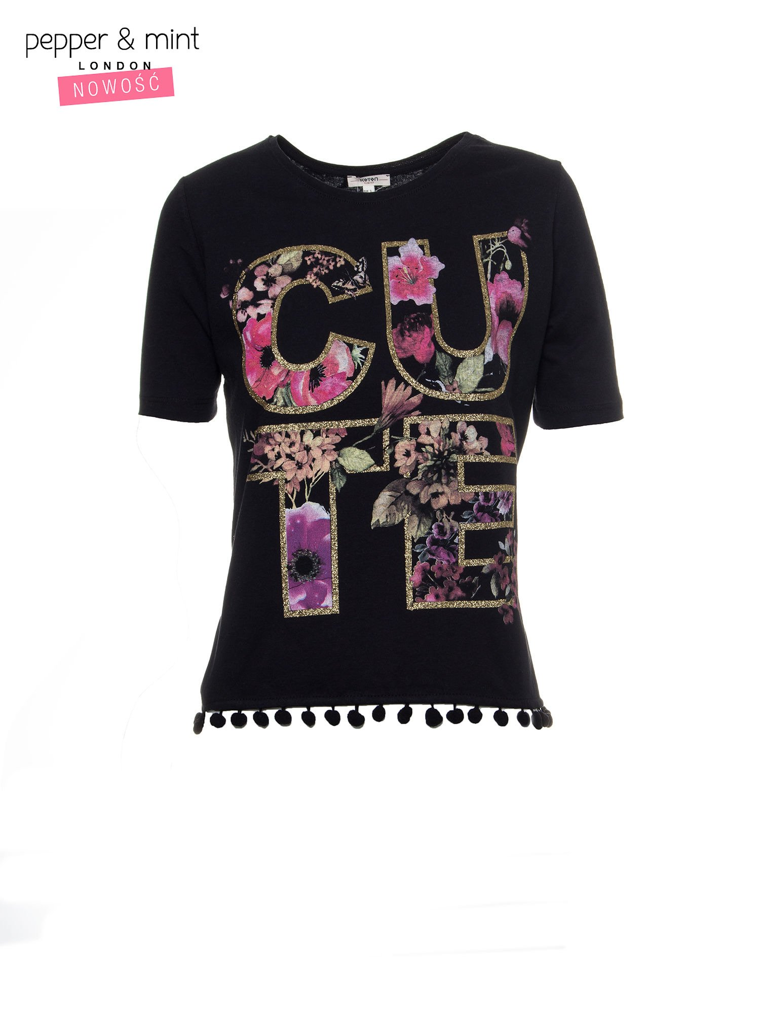 Czarny t-shirt z nadrukiem CUTE i pomponami w stylu etno                                  zdj.                                  2