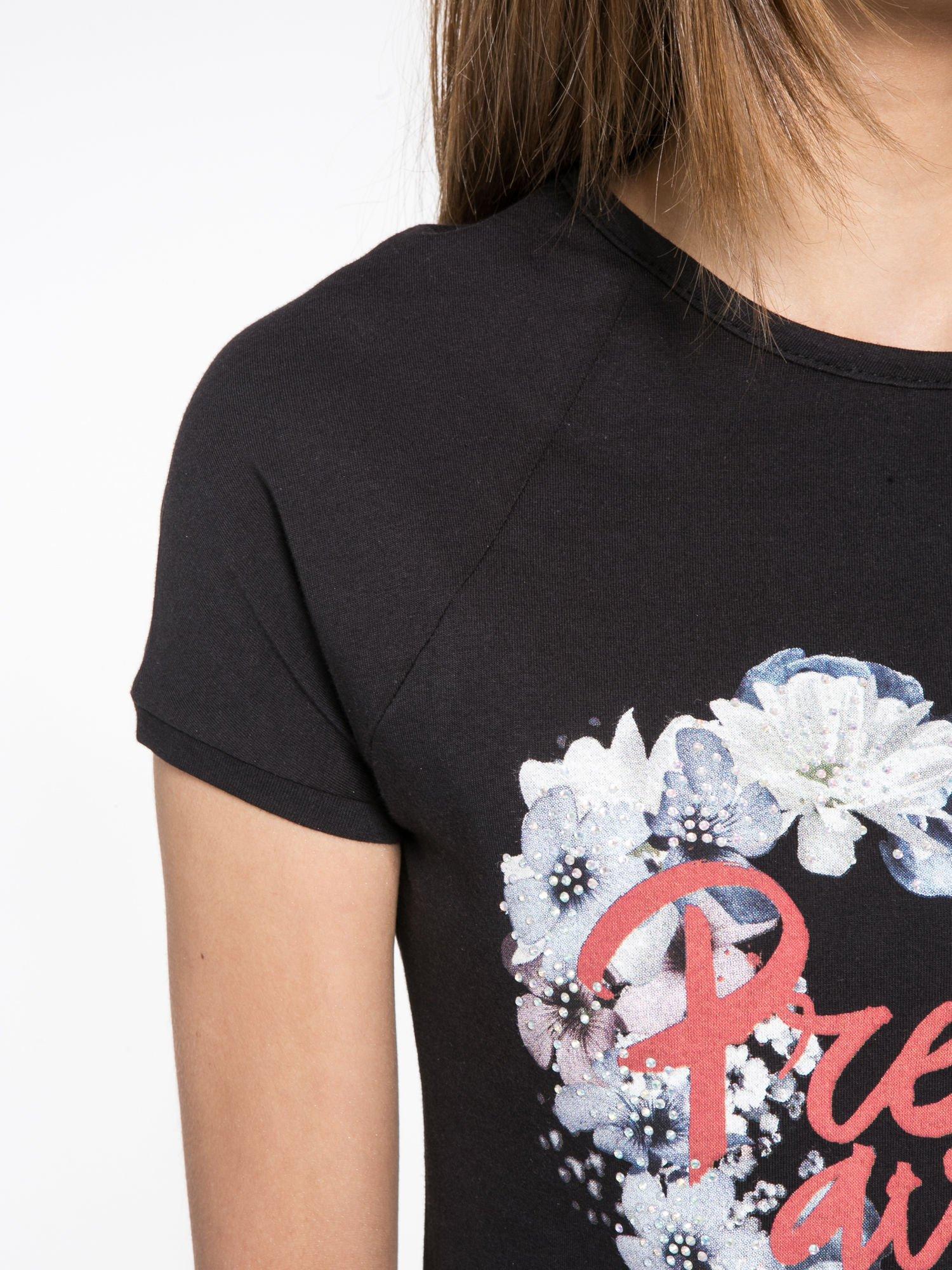 Czarny t-shirt z nadrukiem kwiatowym PRETTY GIRL                                  zdj.                                  5