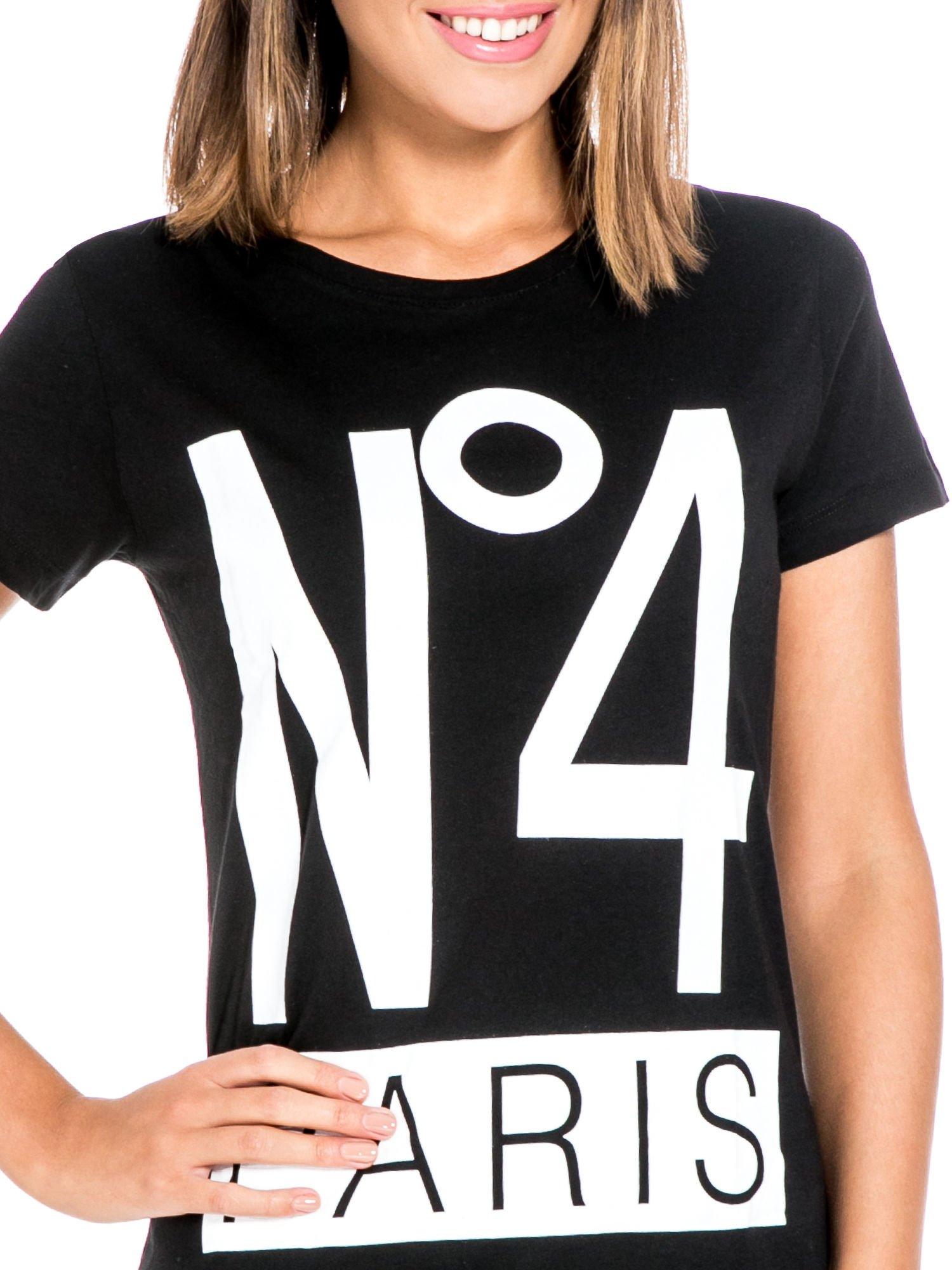 Czarny t-shirt z napisem NO. 4 PARIS                                  zdj.                                  5
