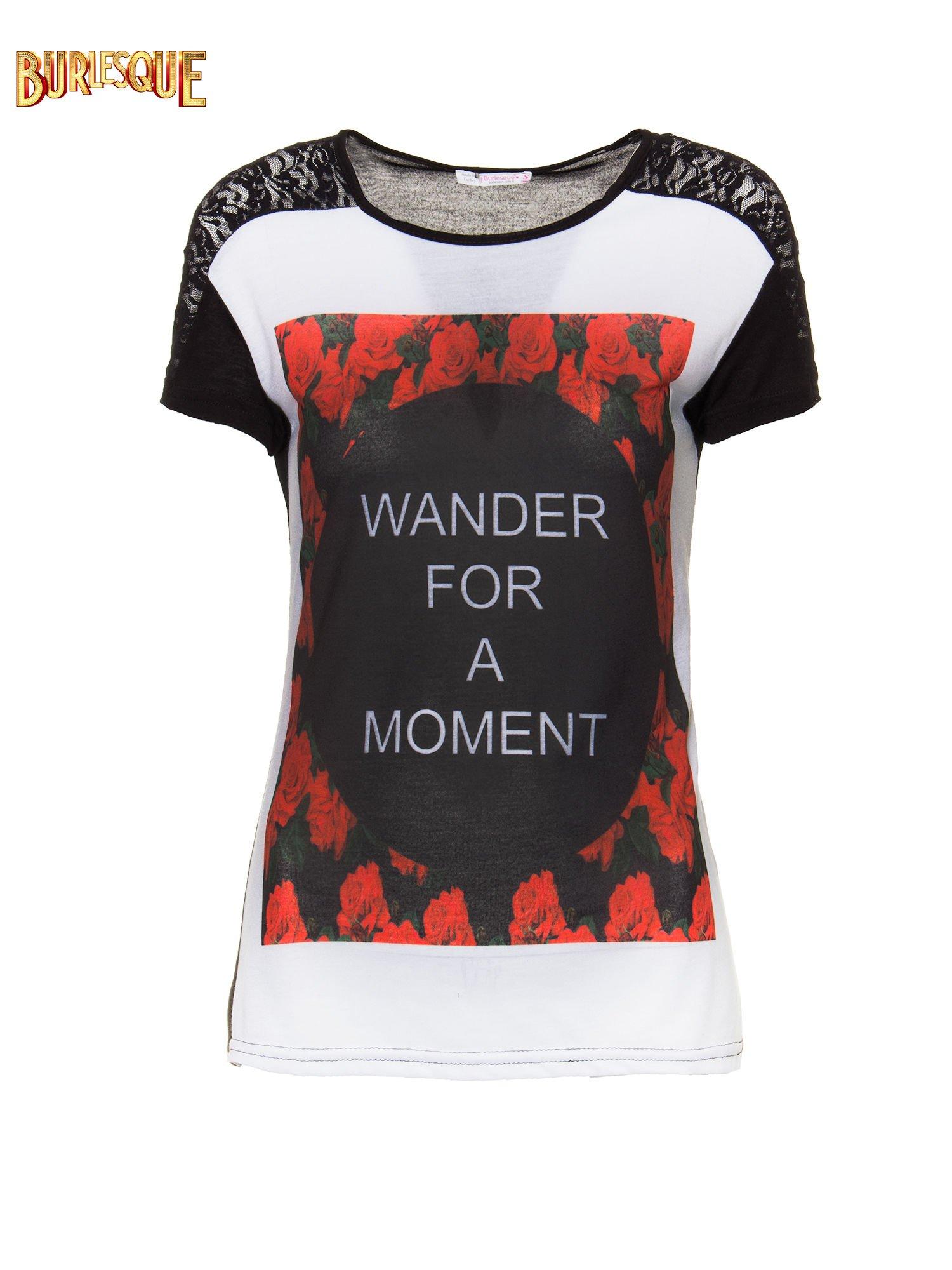 Czarny t-shirt z napisem WONDER FOR A MOMENT                                  zdj.                                  6