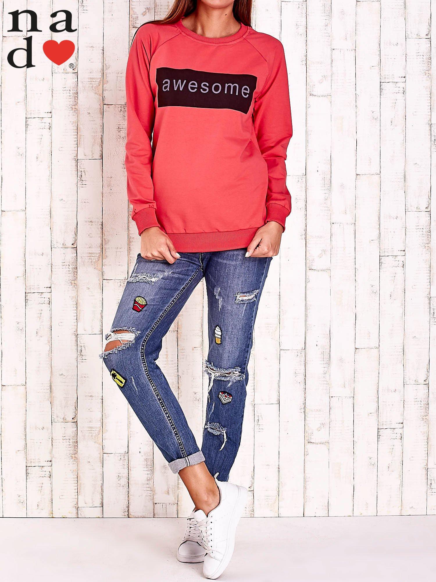 Czerwona bluza z napisem AWESOME                                  zdj.                                  2