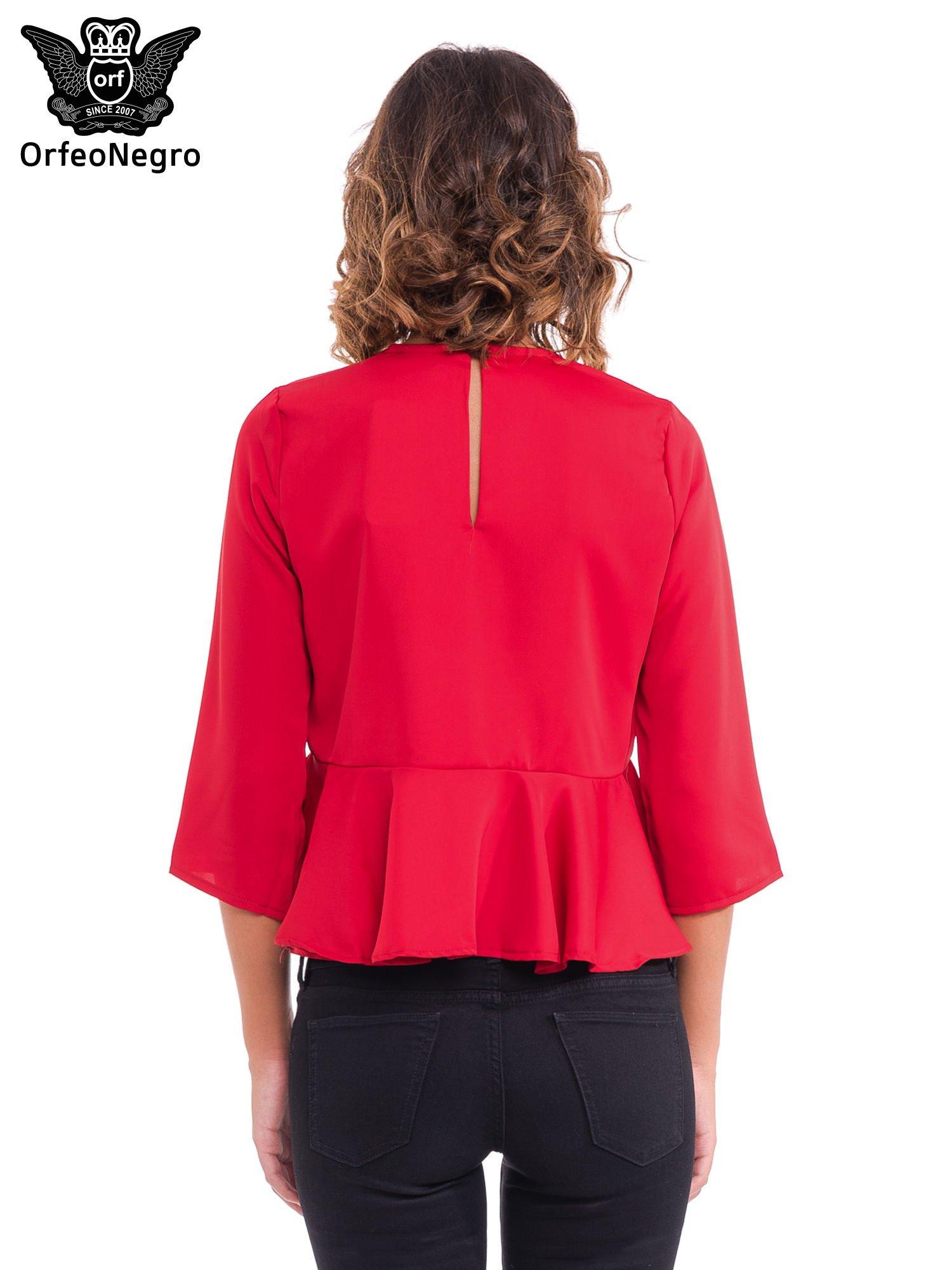 Czerwona koszula z baskinką                                  zdj.                                  2