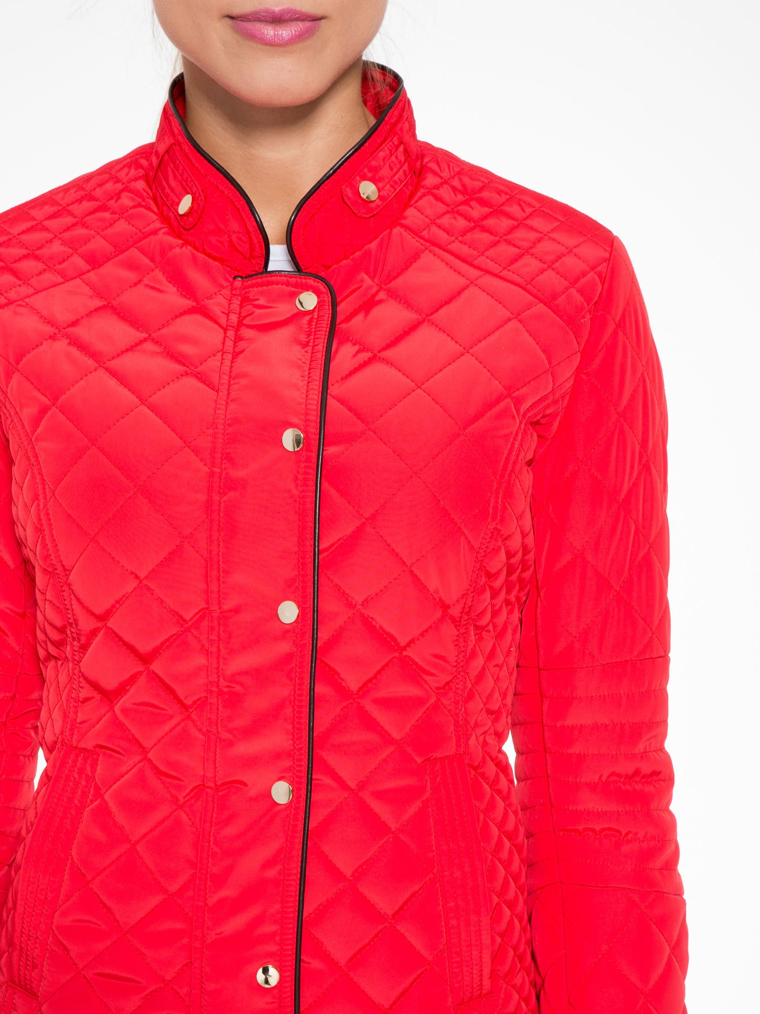 Czerwona pikowana kurtka ze skórzaną lamówką                                  zdj.                                  6