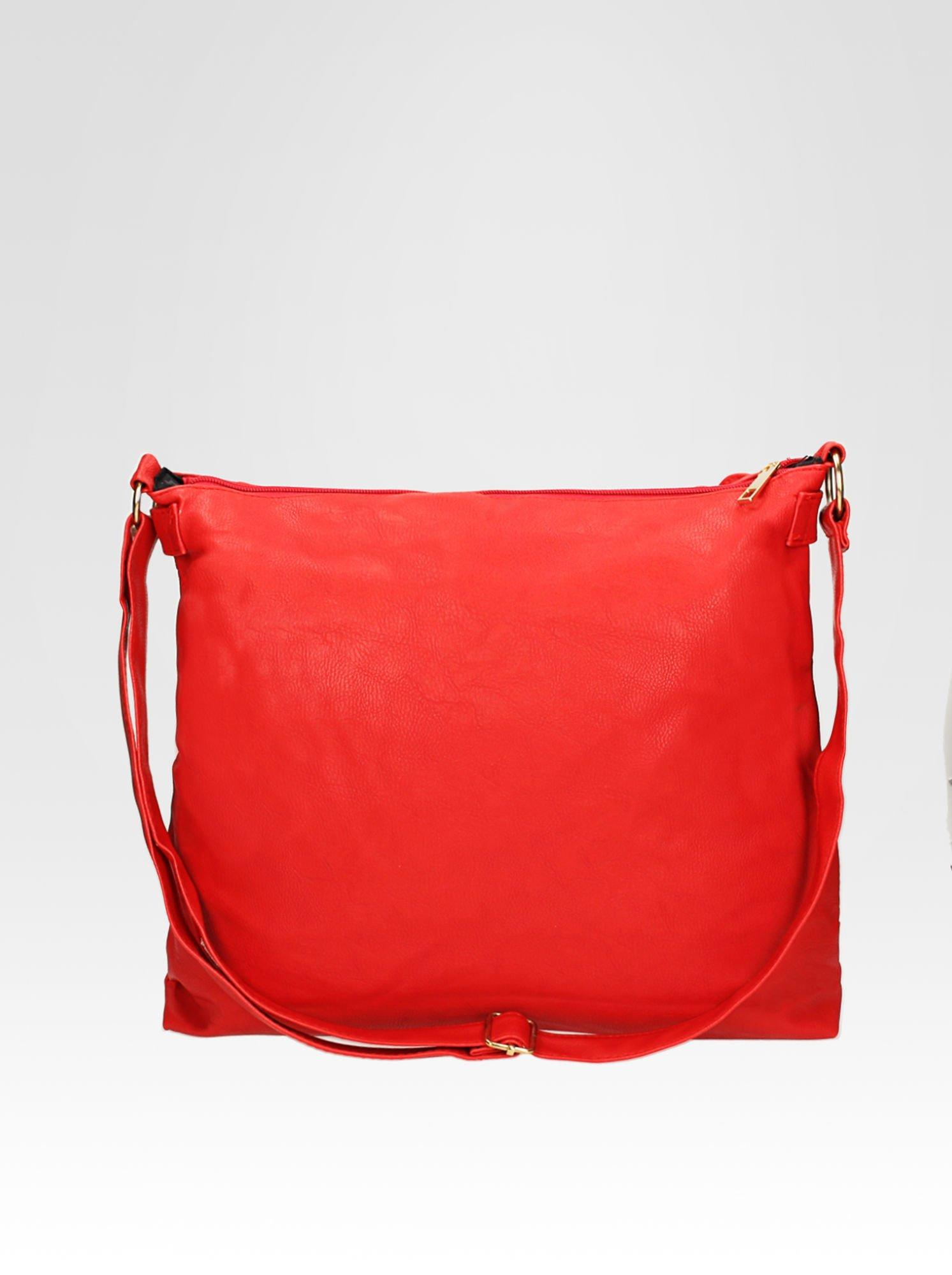 Czerwona pikowana torebka na ramię                                  zdj.                                  4