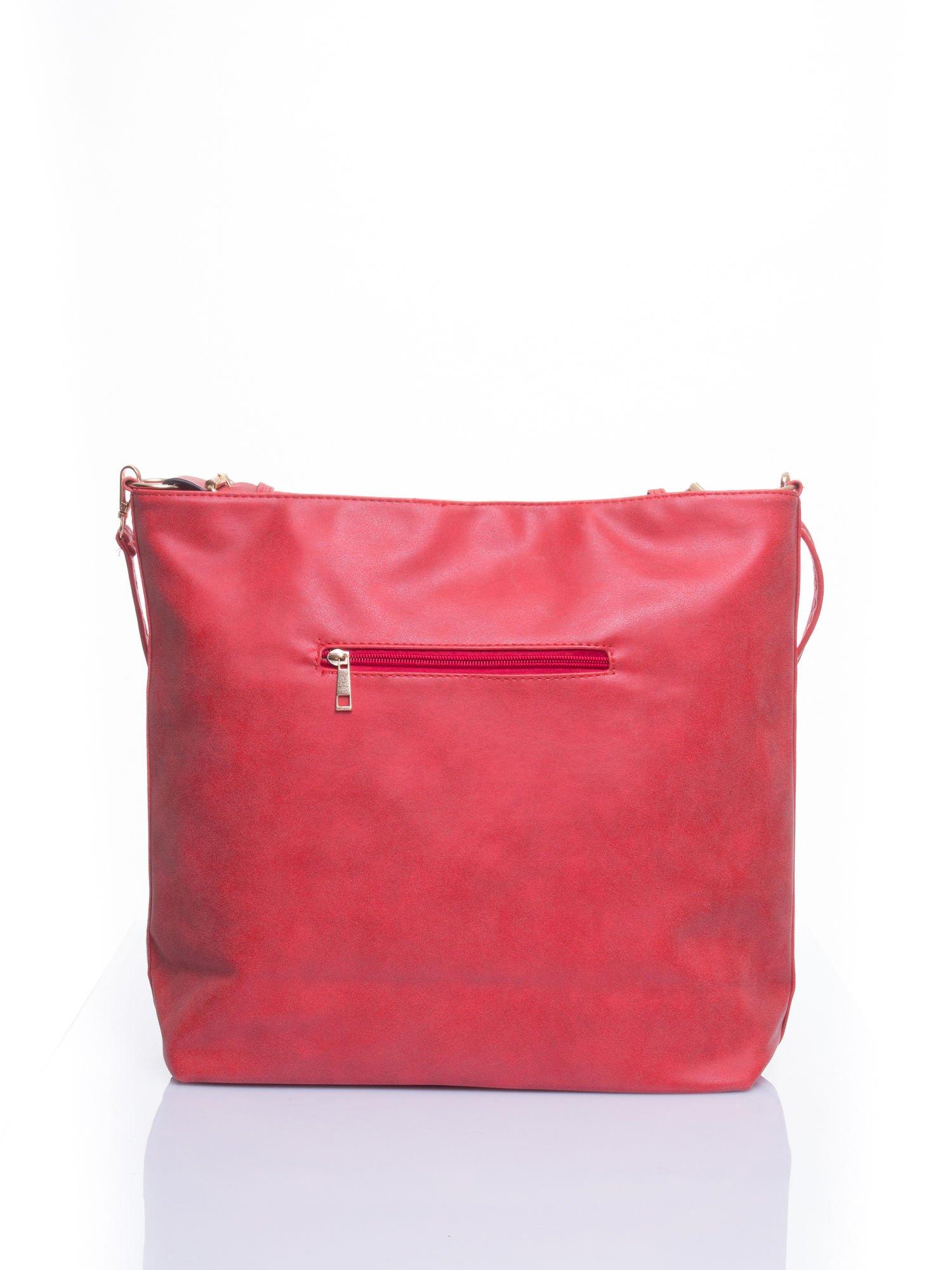 Czerwona siateczkowa torba hobo                                  zdj.                                  3