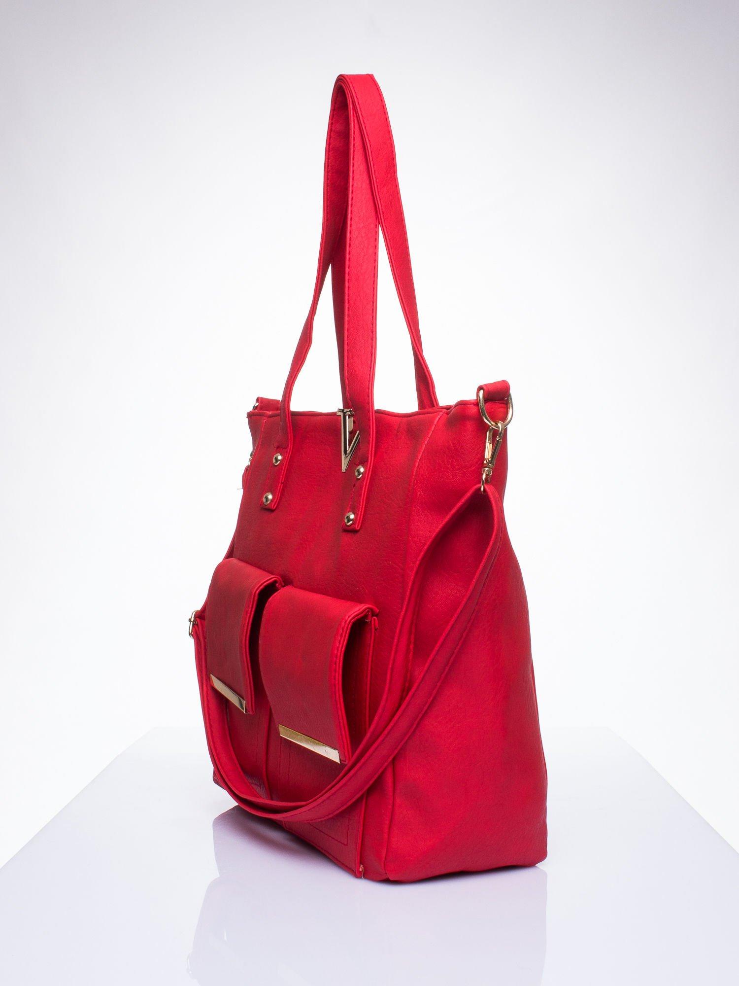 Czerwona torba shopper bag ze kieszeniami na klapki                                  zdj.                                  2