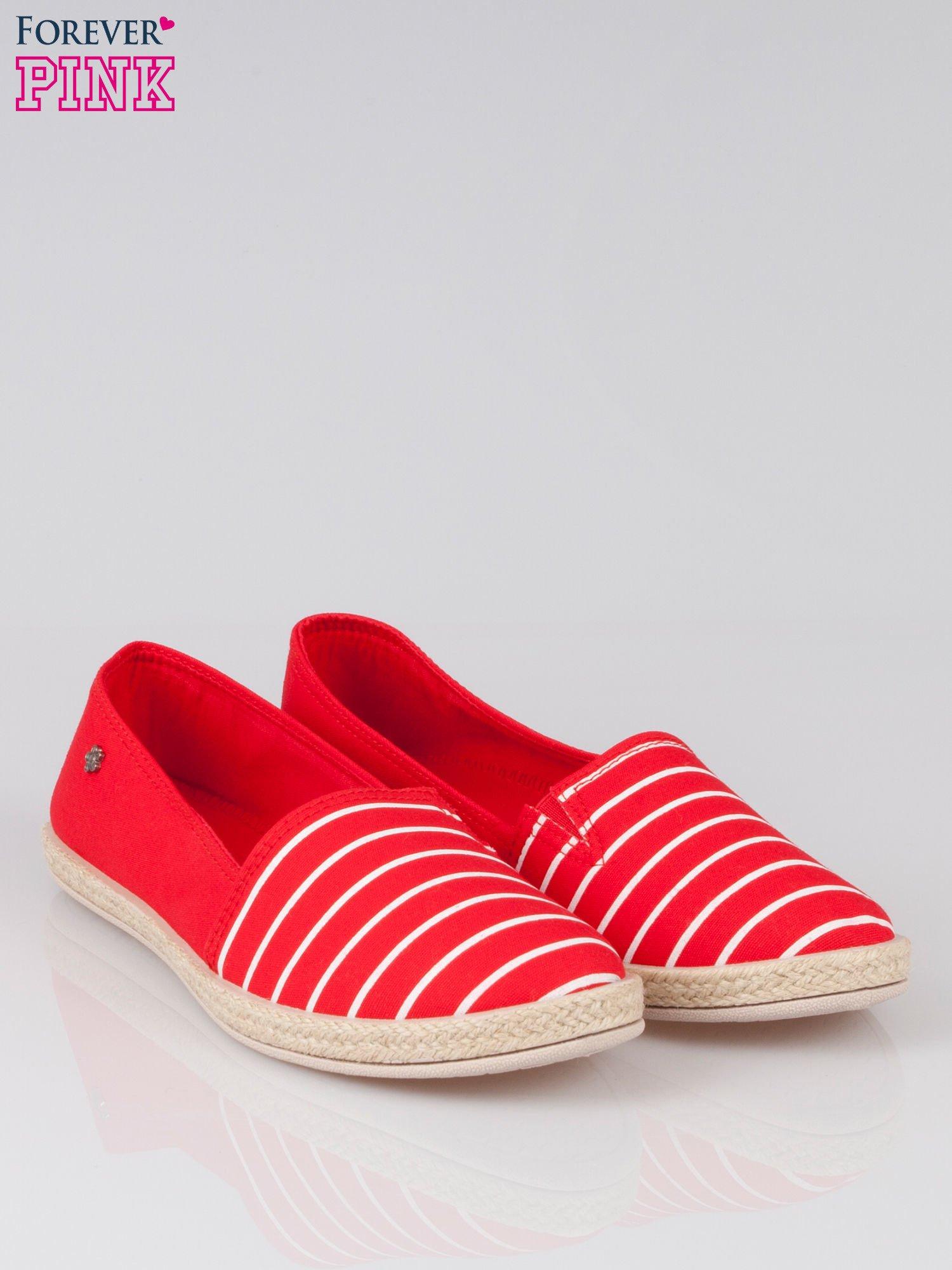 Czerwone espadryle z noskiem w paski                                  zdj.                                  2