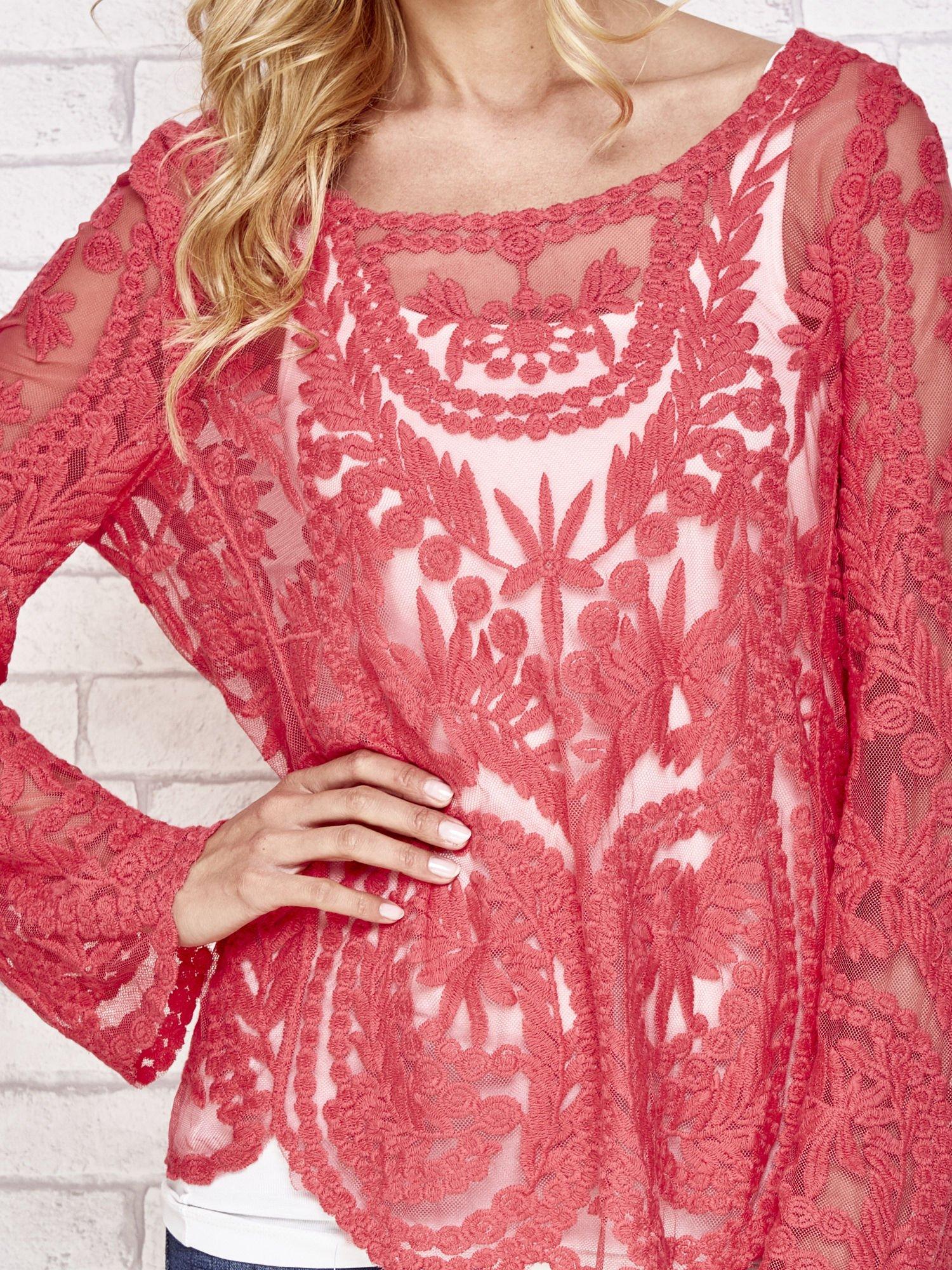 Czerwony ażurowy sweterk mgiełka z rozszerzanymi rękawami                                  zdj.                                  5