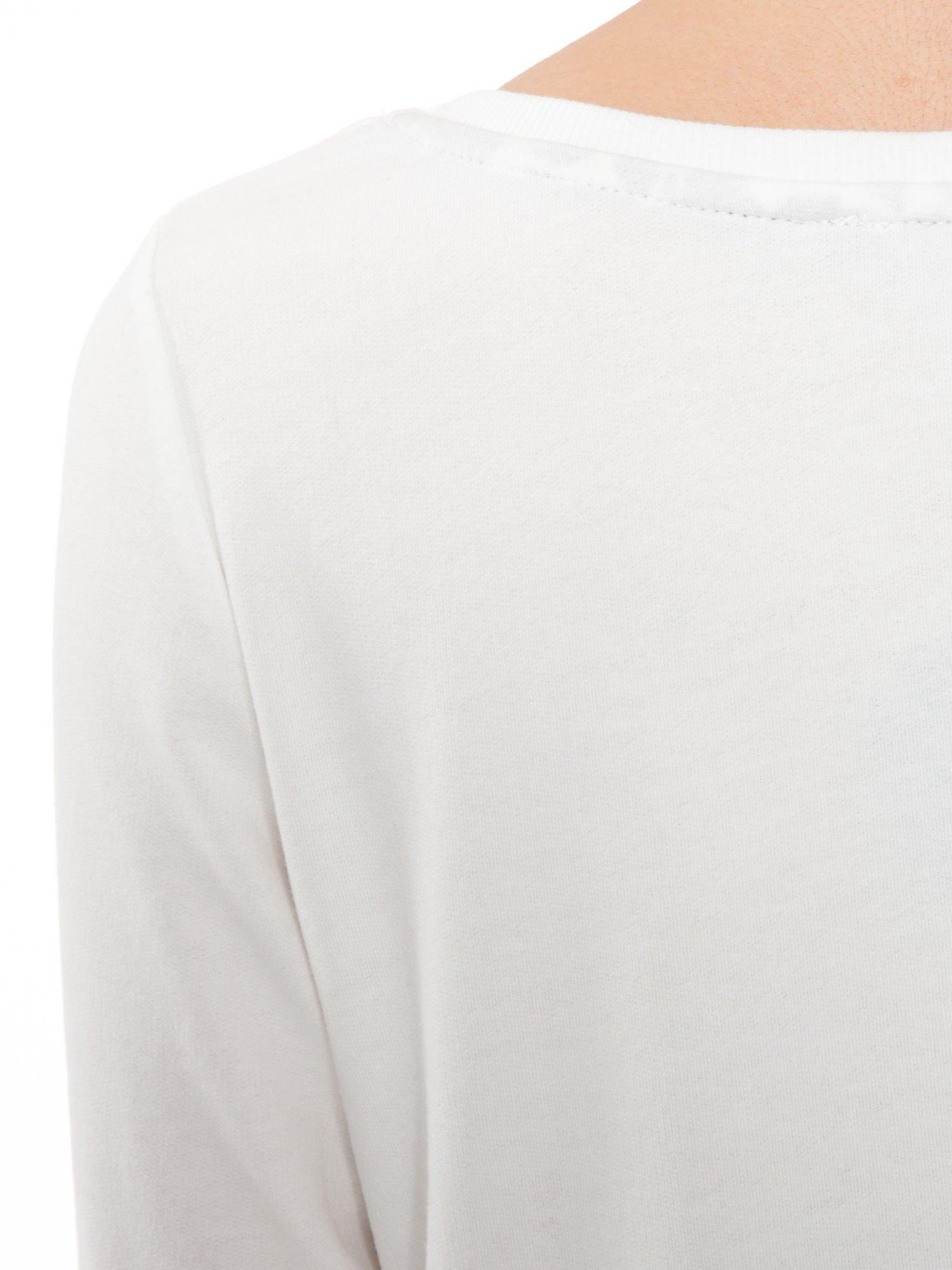 Ecru bluza z kwiatowym nadrukiem litery M                                  zdj.                                  7