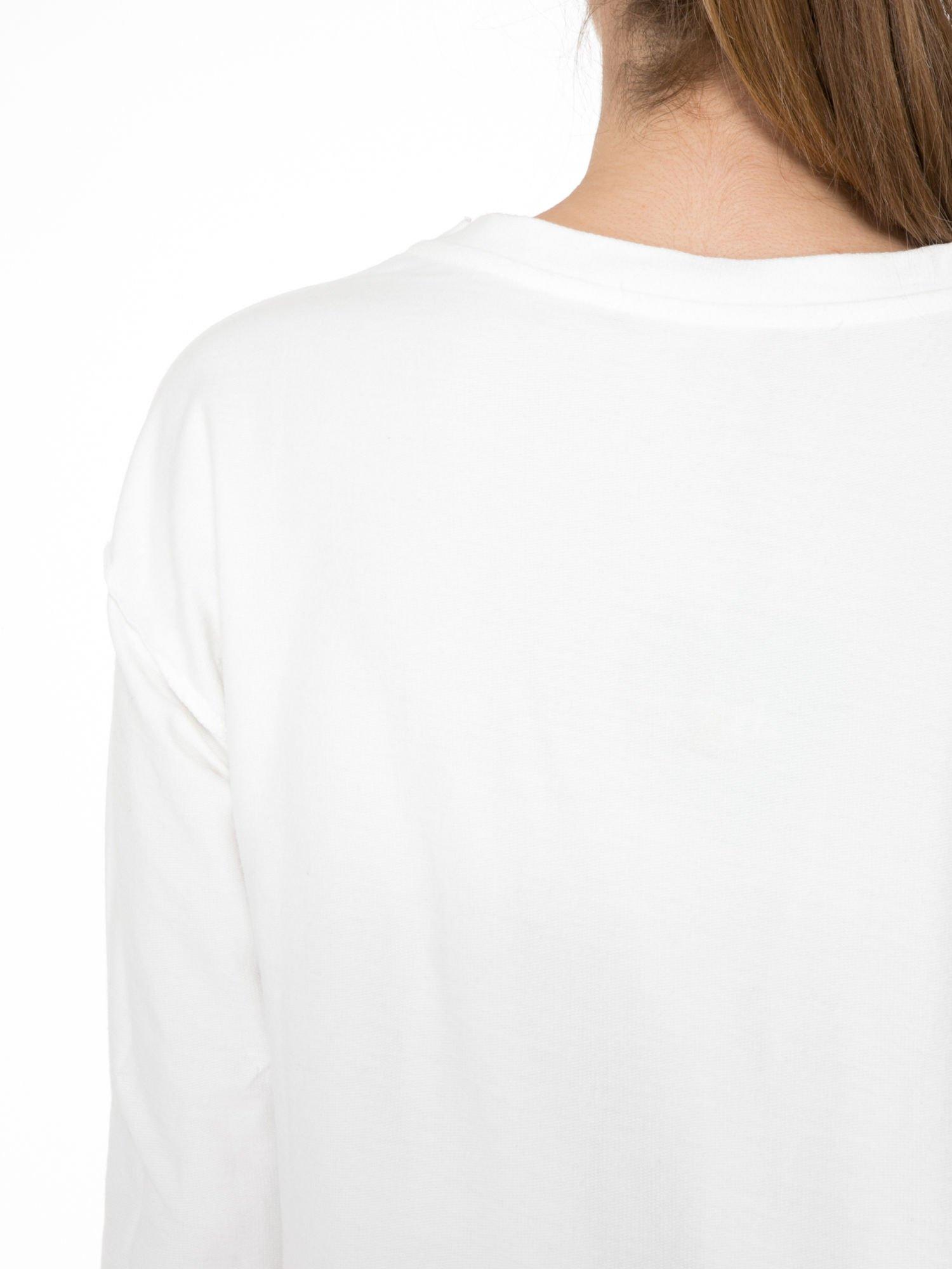 Ecru bluza z nadrukiem numerycznym 23                                  zdj.                                  8