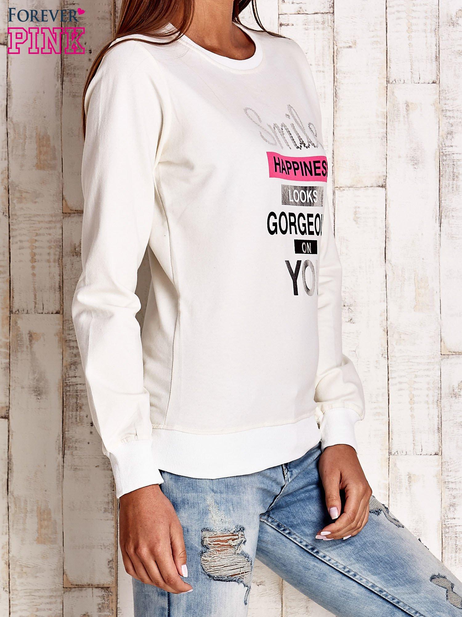 Ecru bluza z napisem SMILE HAPPINESS LOOKS GORGEOUS ON YOU                                  zdj.                                  3
