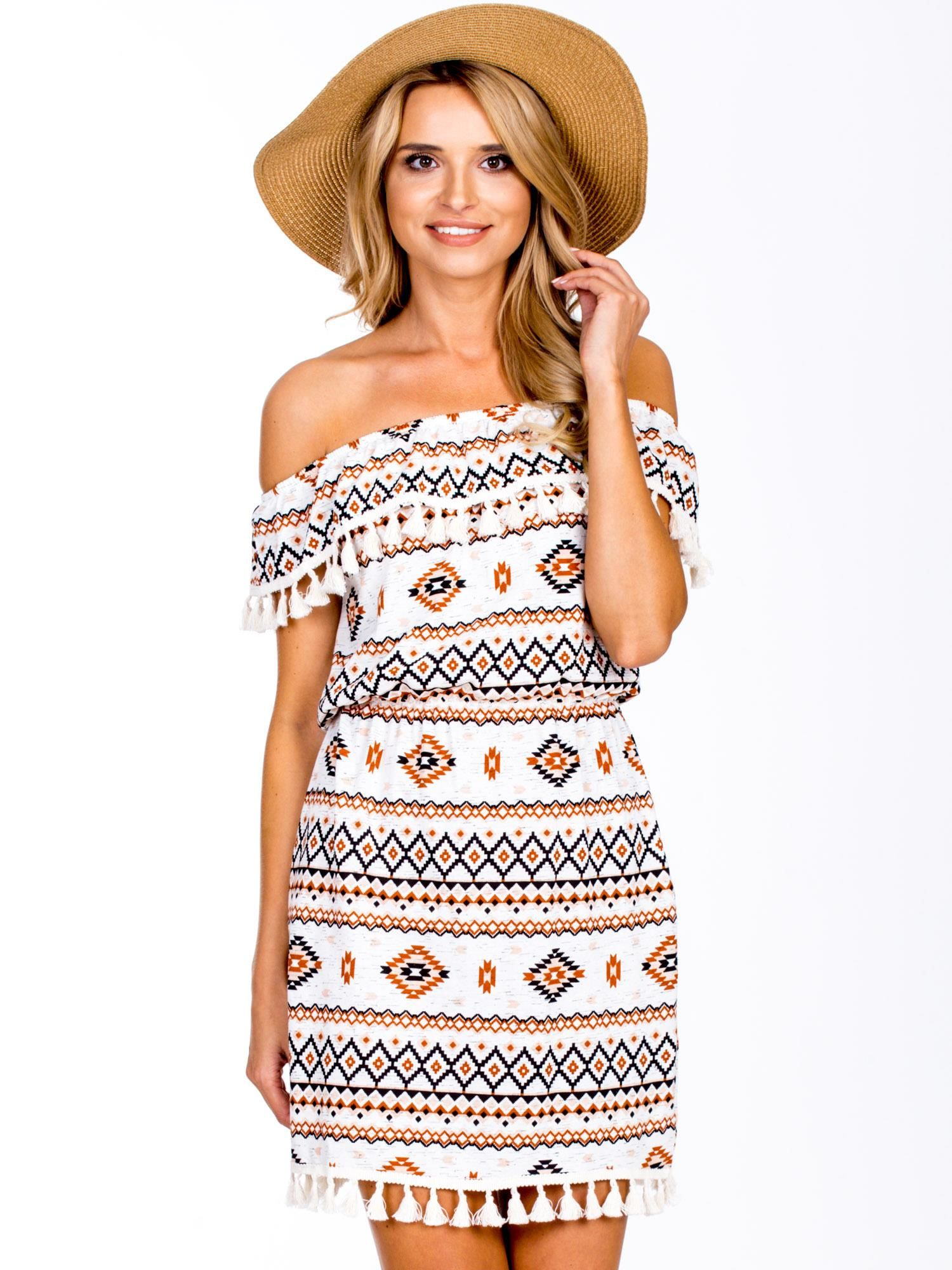 dc77e9ccbc1be5 Ecru-brązowa sukienka hiszpanka w azteckie wzory z pomponikami ...