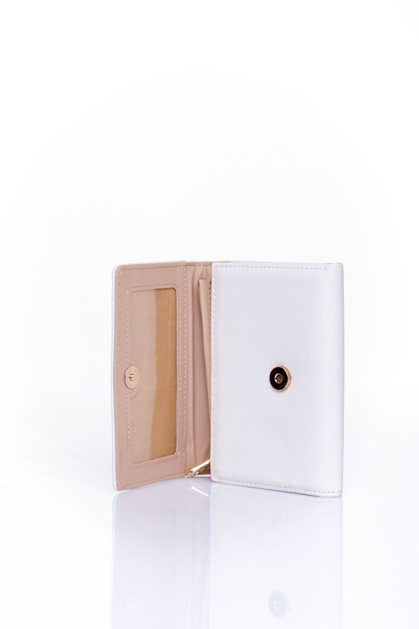 Ecru portfel z kokardką                                  zdj.                                  4
