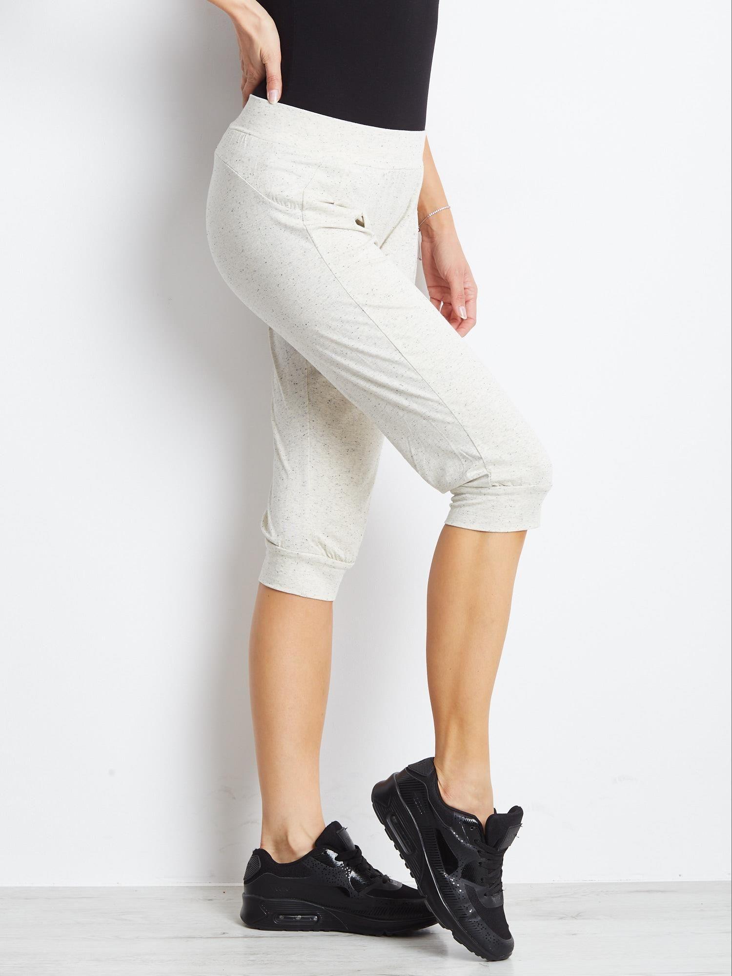 Ecru spodnie dresowe typu capri długości 3/4                                  zdj.                                  5
