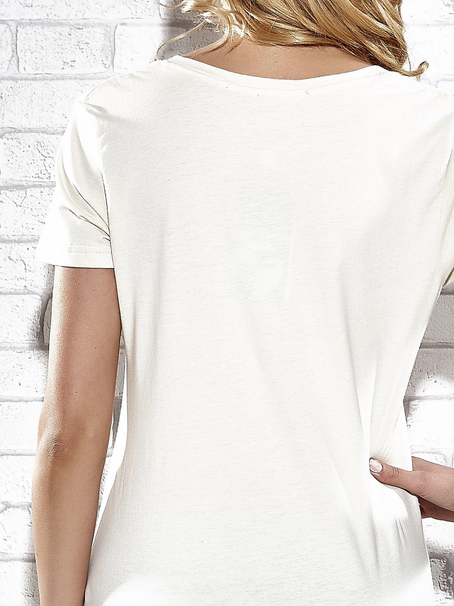 Ecru t-shirt z nadrukiem królika Funk n Soul                                  zdj.                                  6
