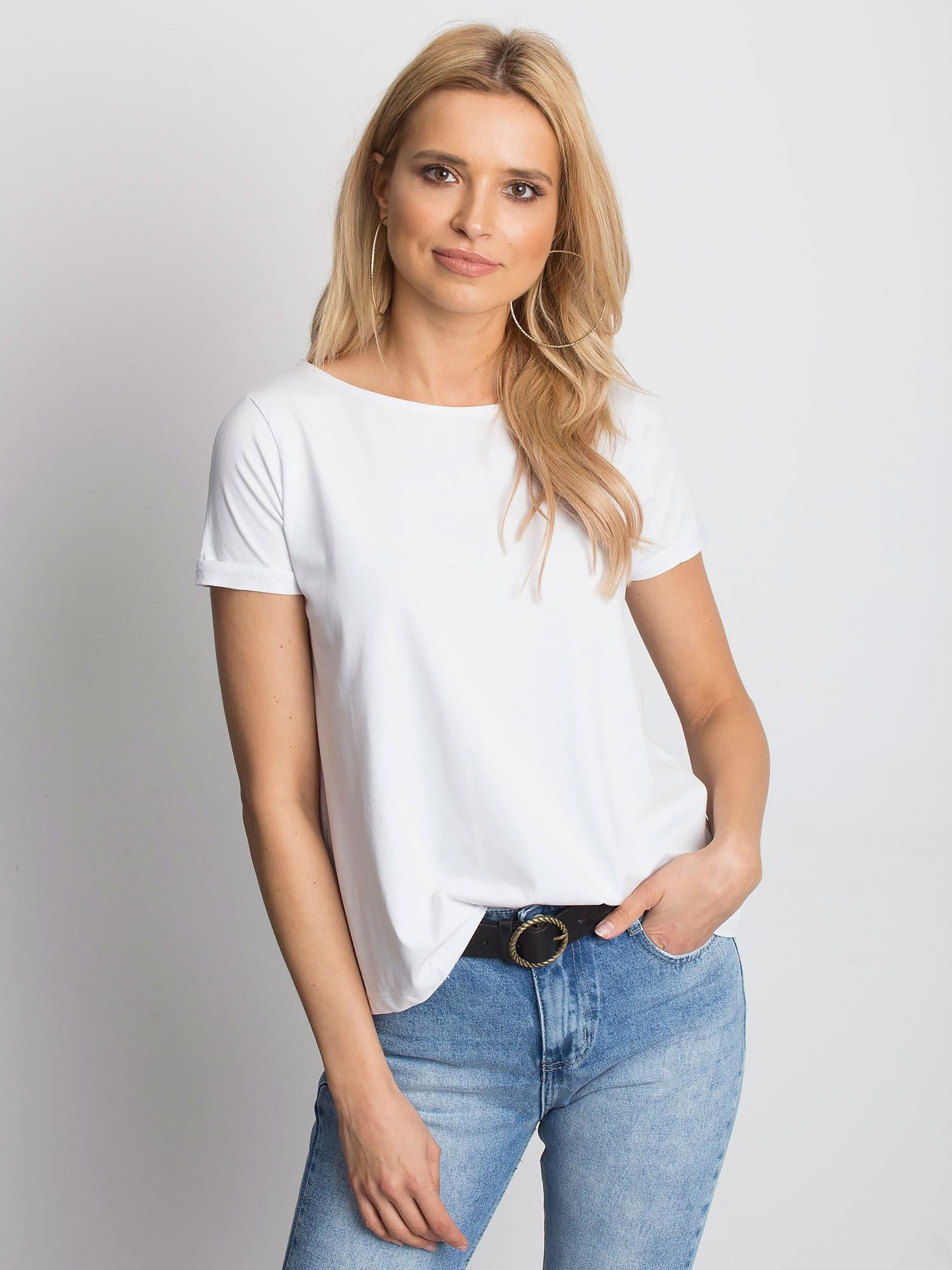Gładki biały t shirt z podwijanymi rękawami T shirt
