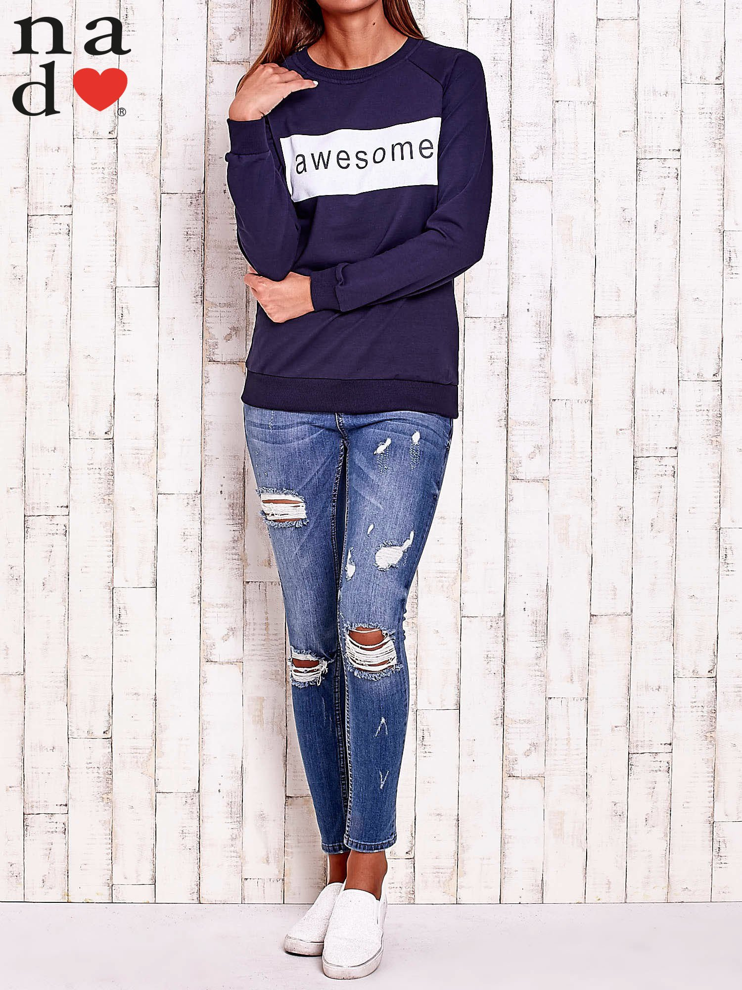 Granatowa bluza z napisem AWESOME                                  zdj.                                  2