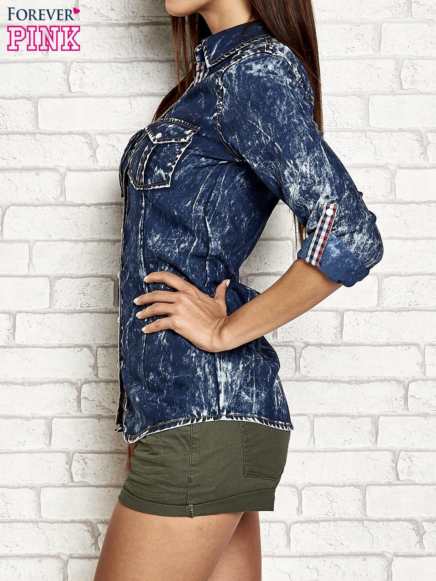Granatowa dekatyzowana koszula jeansowa                                   zdj.                                  4