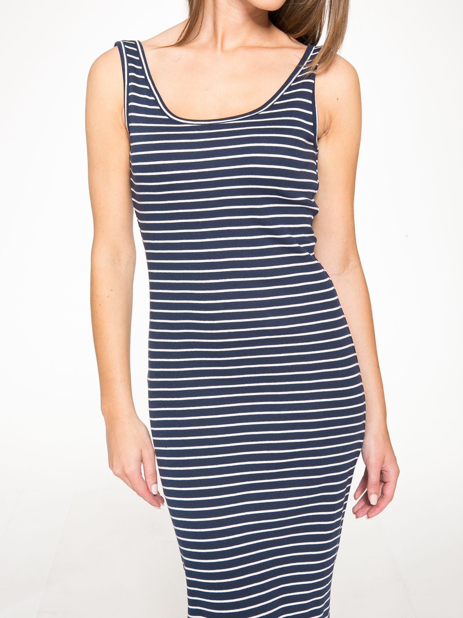 Granatowa prosta długa sukienka w paski z bawełny                                  zdj.                                  8