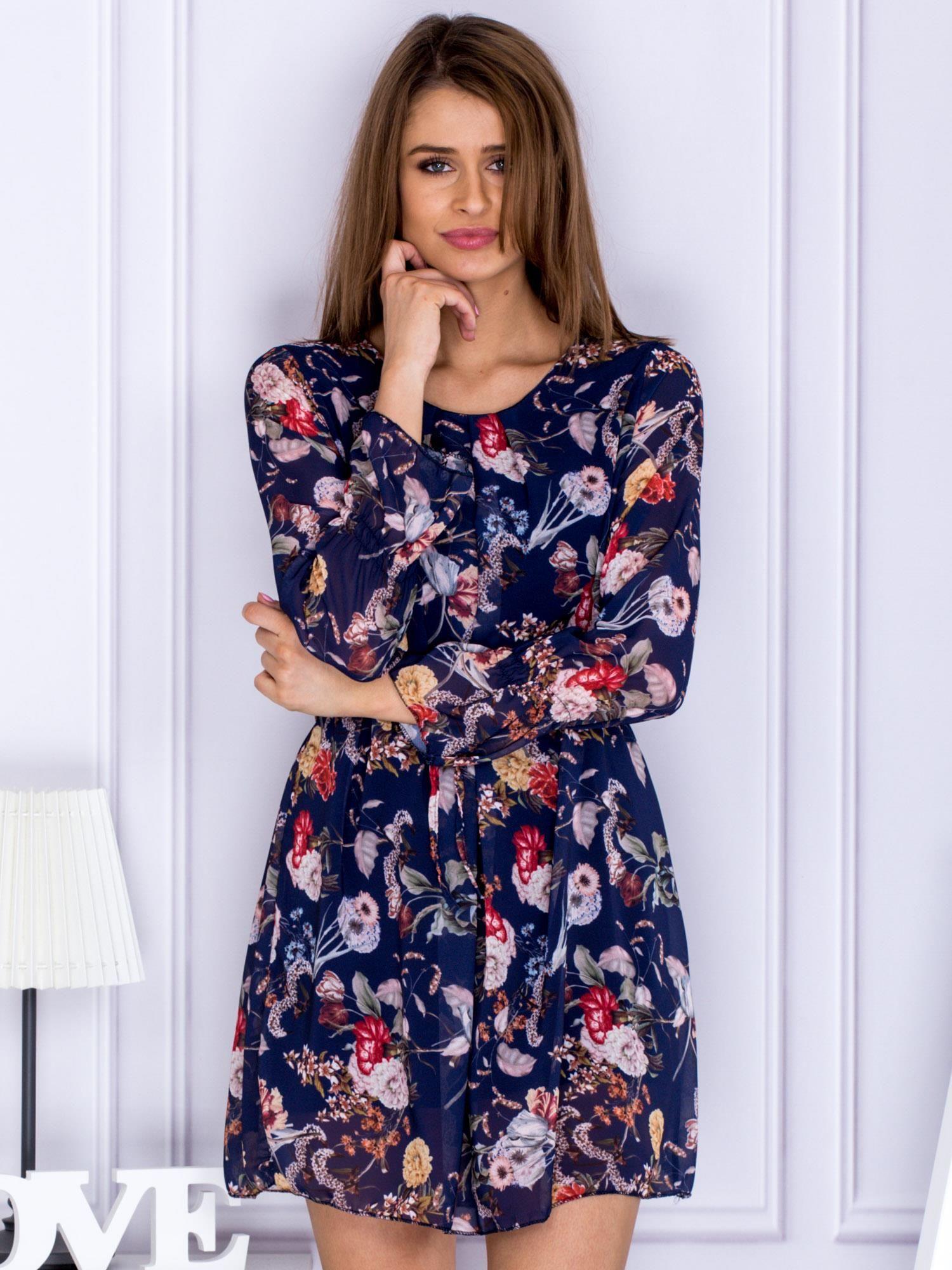 16490aa58e3683 Granatowa sukienka w kwiaty z paskiem - Sukienka na co dzień - sklep ...