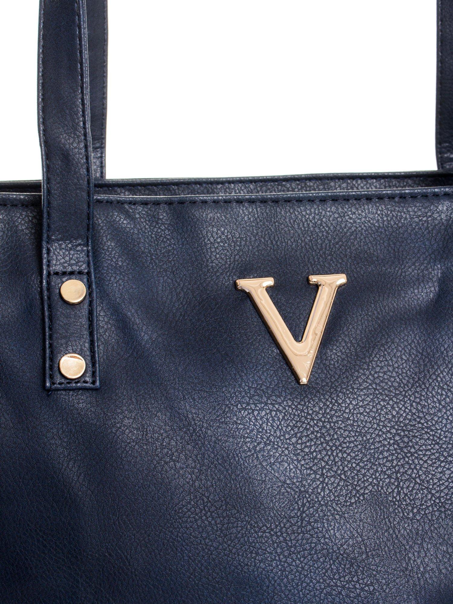 Granatowa torba ze złotym detalem                                  zdj.                                  5