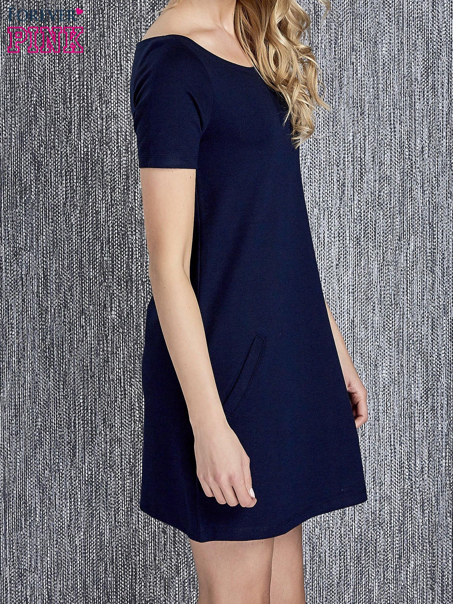 f841f3d6cc Granatowa trapezowa sukienka z kieszeniami - Sukienka na co dzień - sklep  eButik.pl