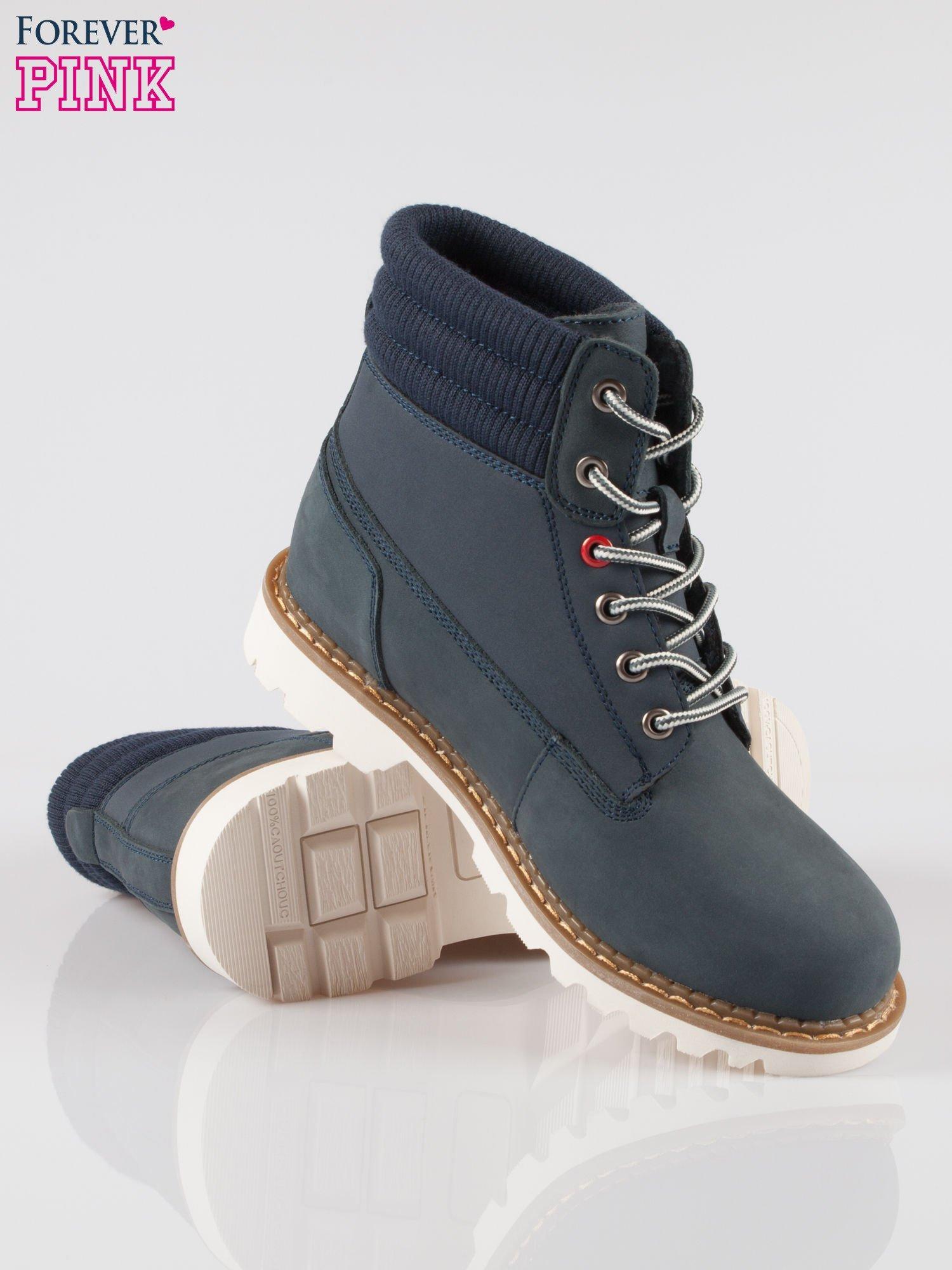 Granatowe buty trekkingowe traperki damskie z elastycznym kołnierzem ze skóry naturalnej                                  zdj.                                  4