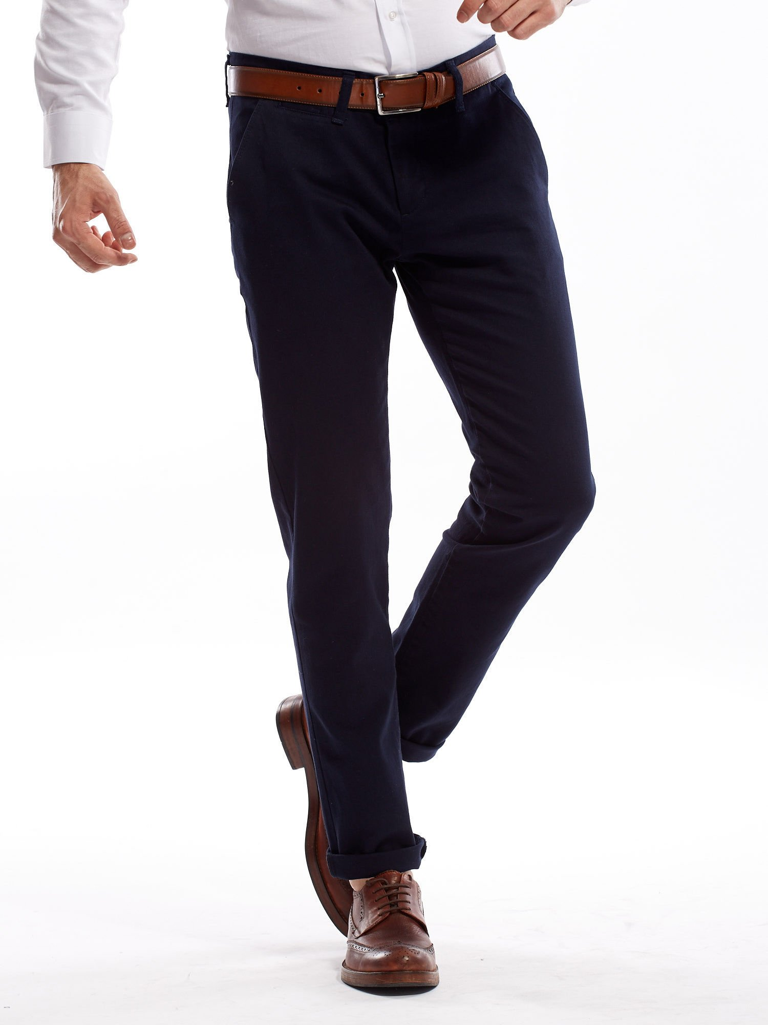 4e7bb5e1 Granatowe spodnie męskie chinosy o prostym kroju - Mężczyźni Spodnie ...