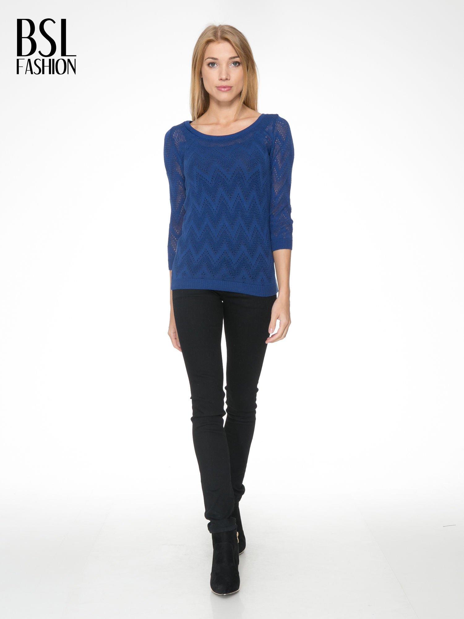 Granatowy ażurowy sweterek z rękawem 3/4                                  zdj.                                  2