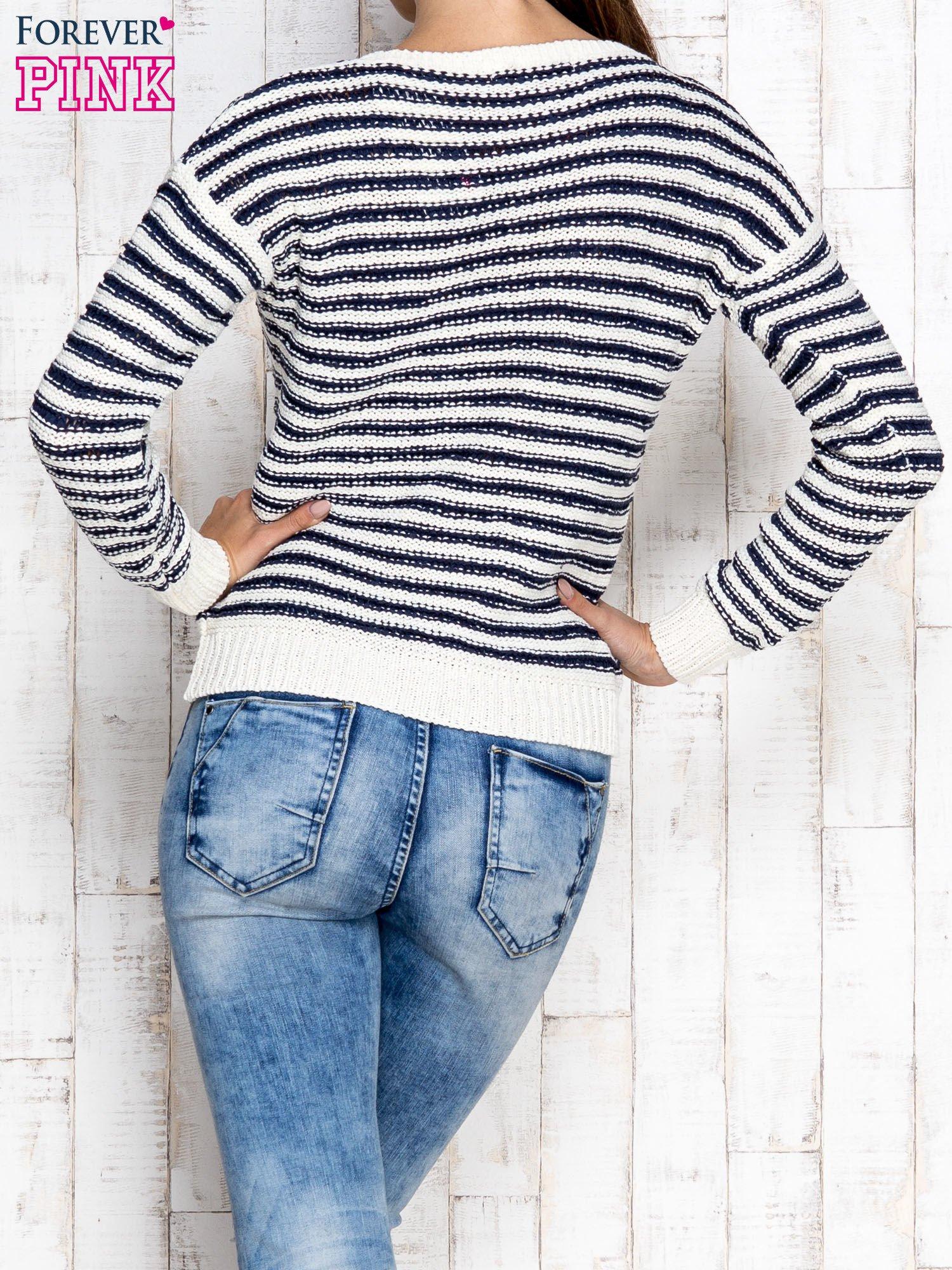 Granatowy sweter w paski                                  zdj.                                  2