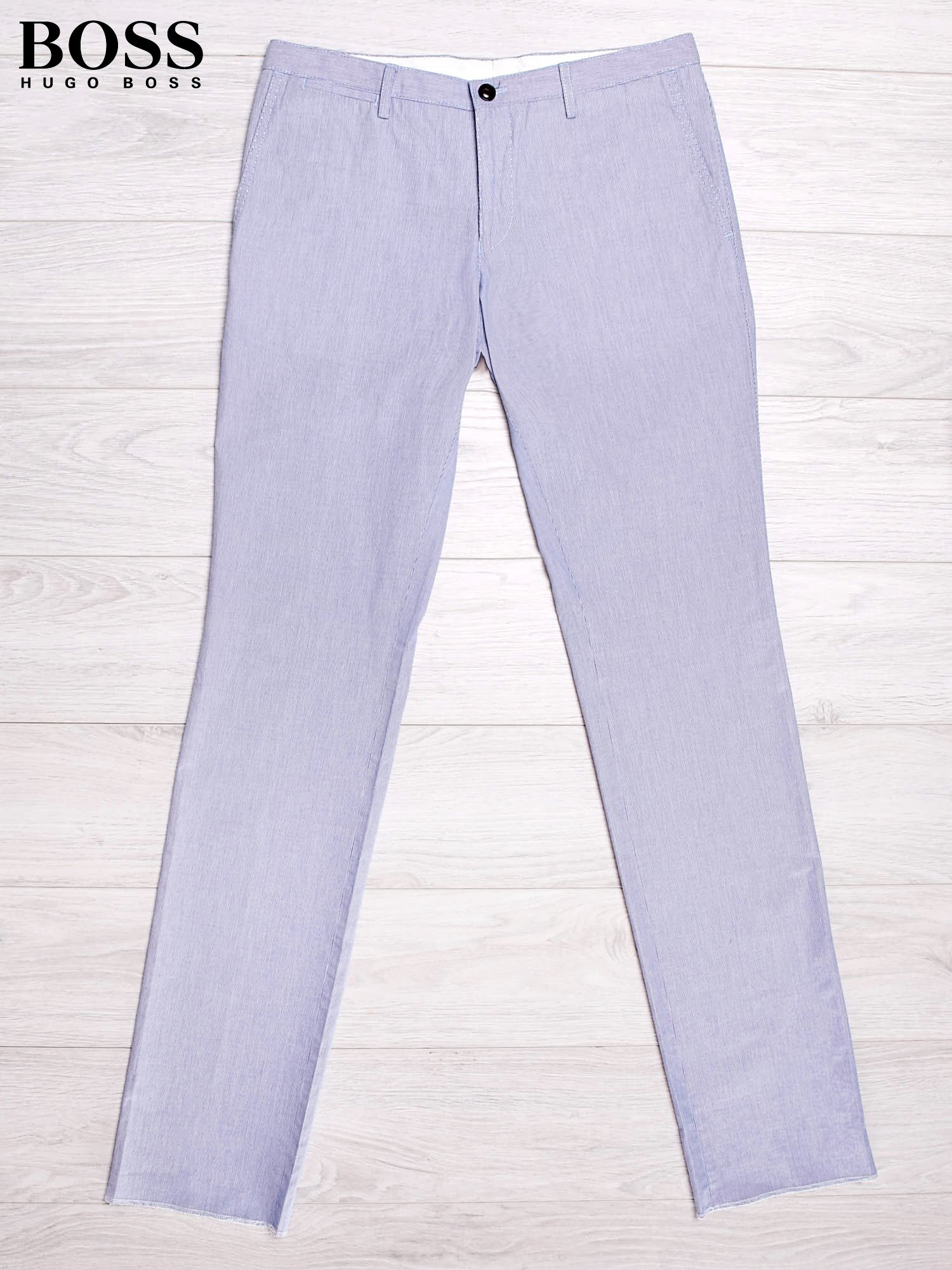 7e423814db5ad HUGO BOSS Jasnoniebieskie spodnie męskie w drobne paski - Mężczyźni ...