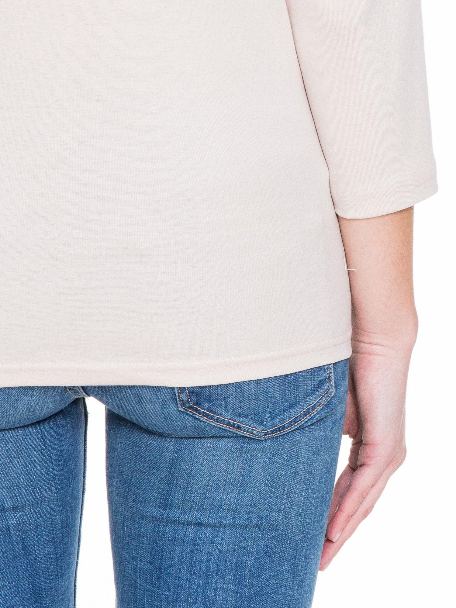 Jasnobeżowa gładka bluzka z rękawem 3/4                                  zdj.                                  8