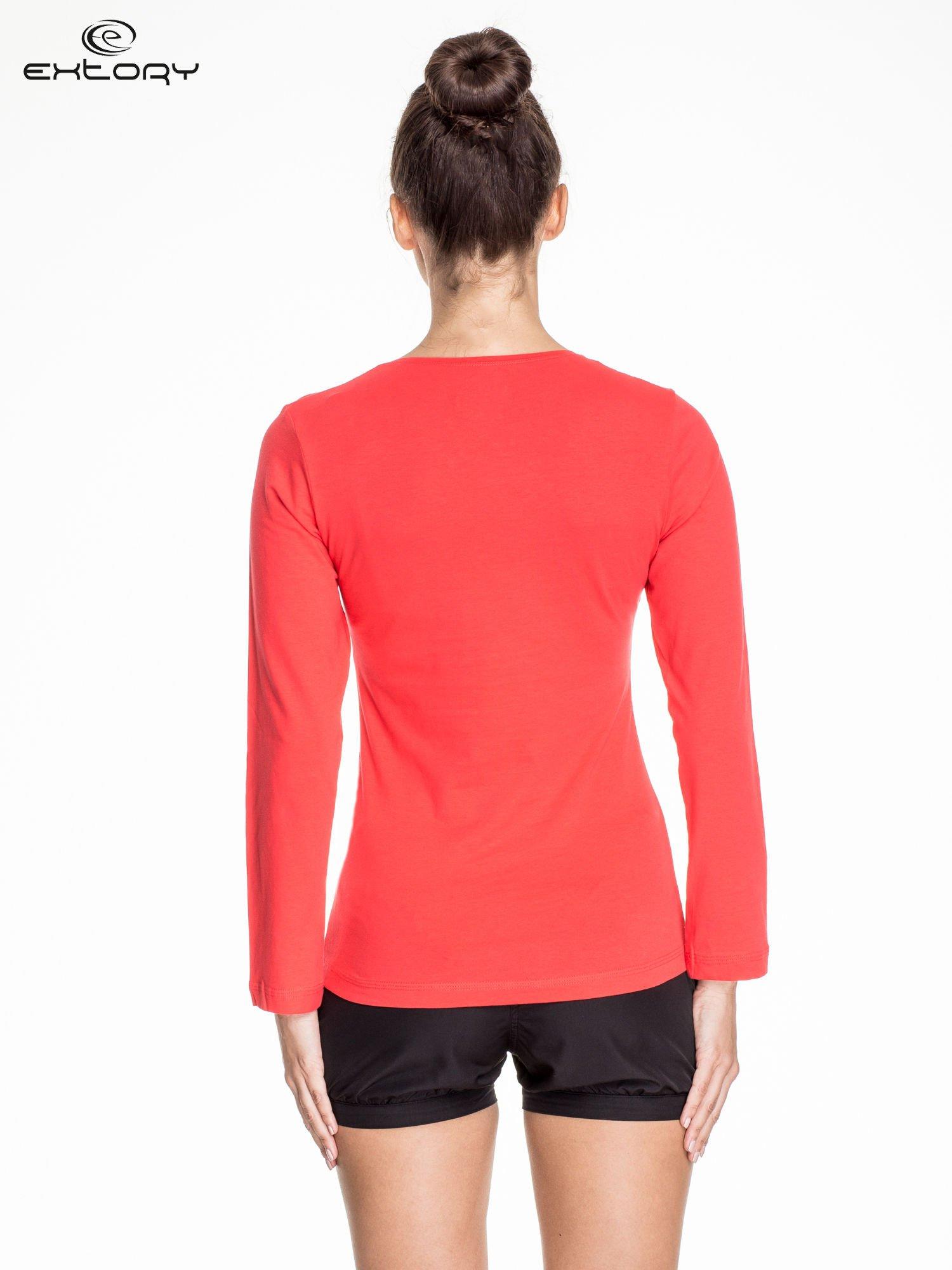 Jasnoczerwona bluzka sportowa basic PLUS SIZE                                  zdj.                                  4