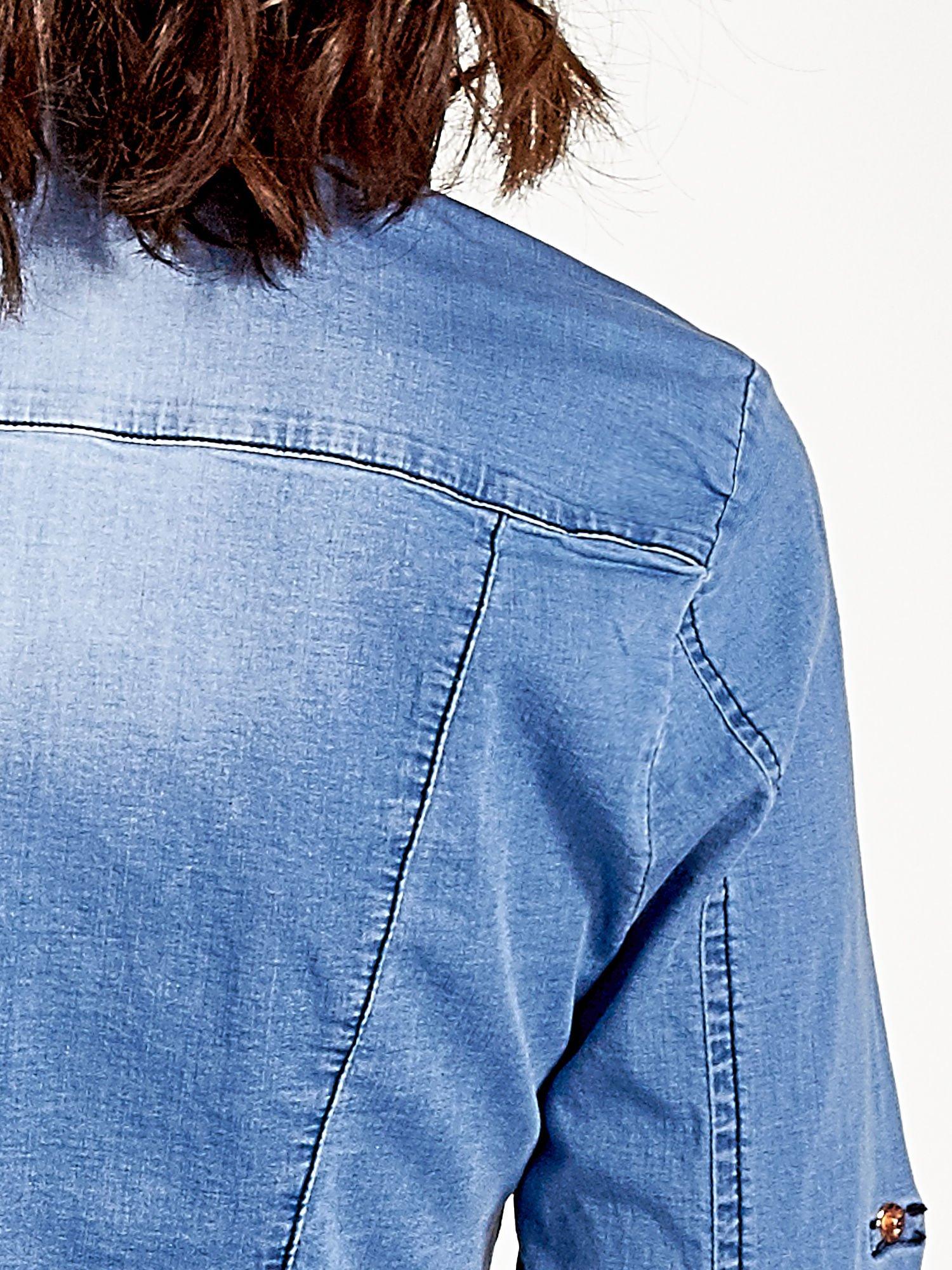 Jasnoniebieska jeansowa koszula z cieniowaniem                                  zdj.                                  6